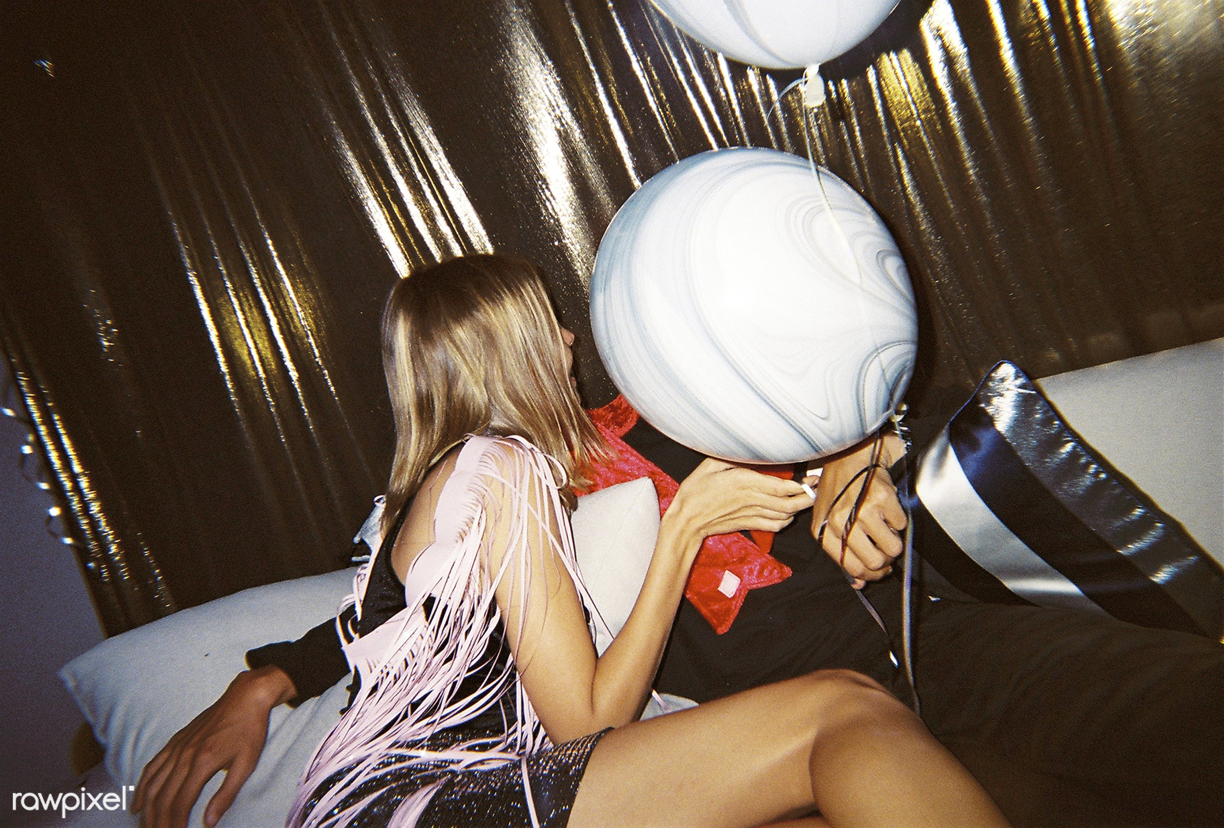 People having fun in a party - glam, 2018, balloons, birthday, birthday party, celebrate, celebration, couple, friends,...