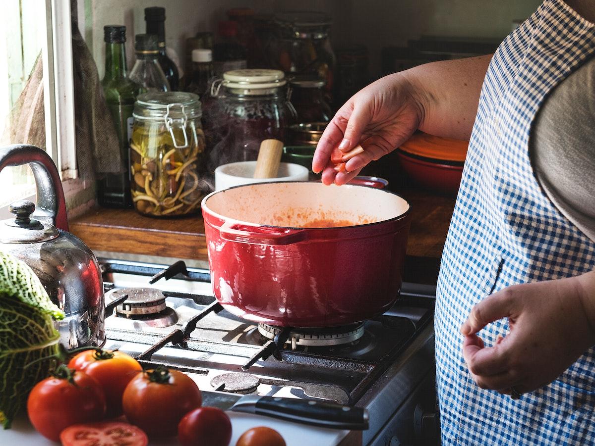Homemade spaghetti sauce food photography recipe idea