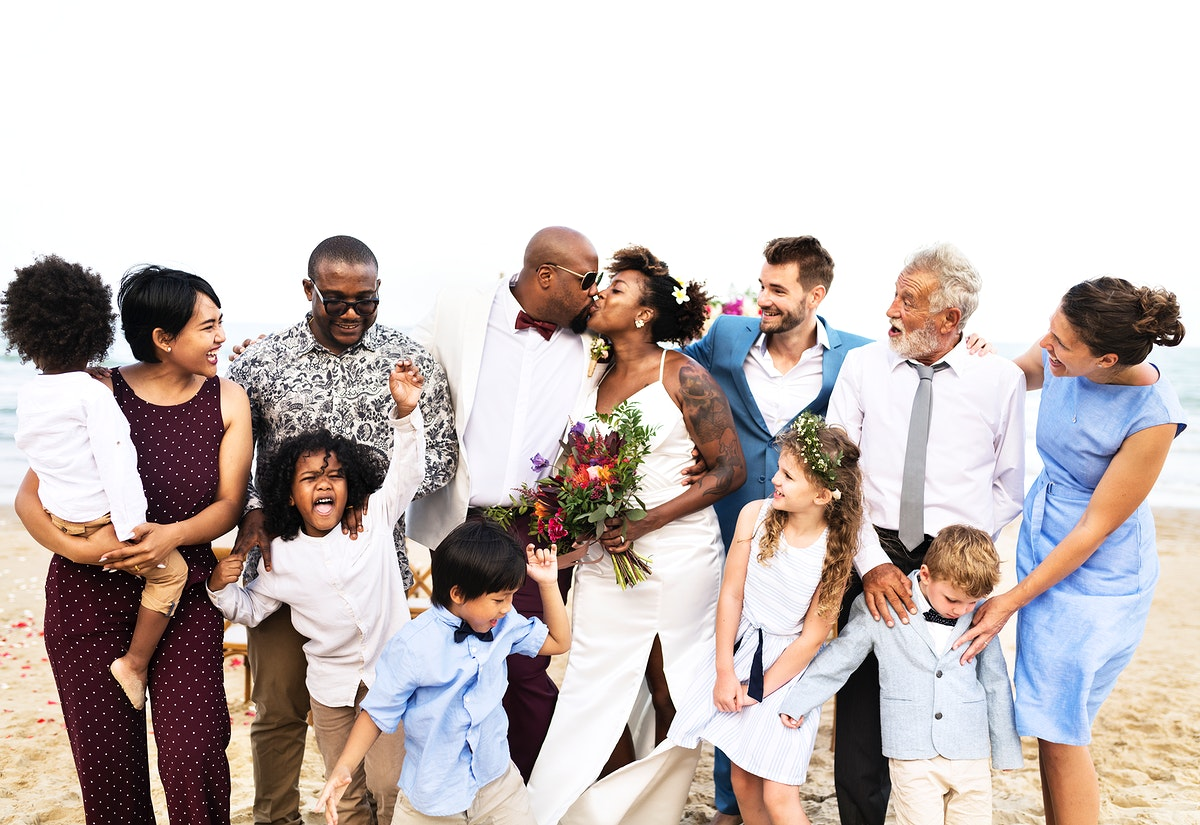 Newly weds with their friends and family
