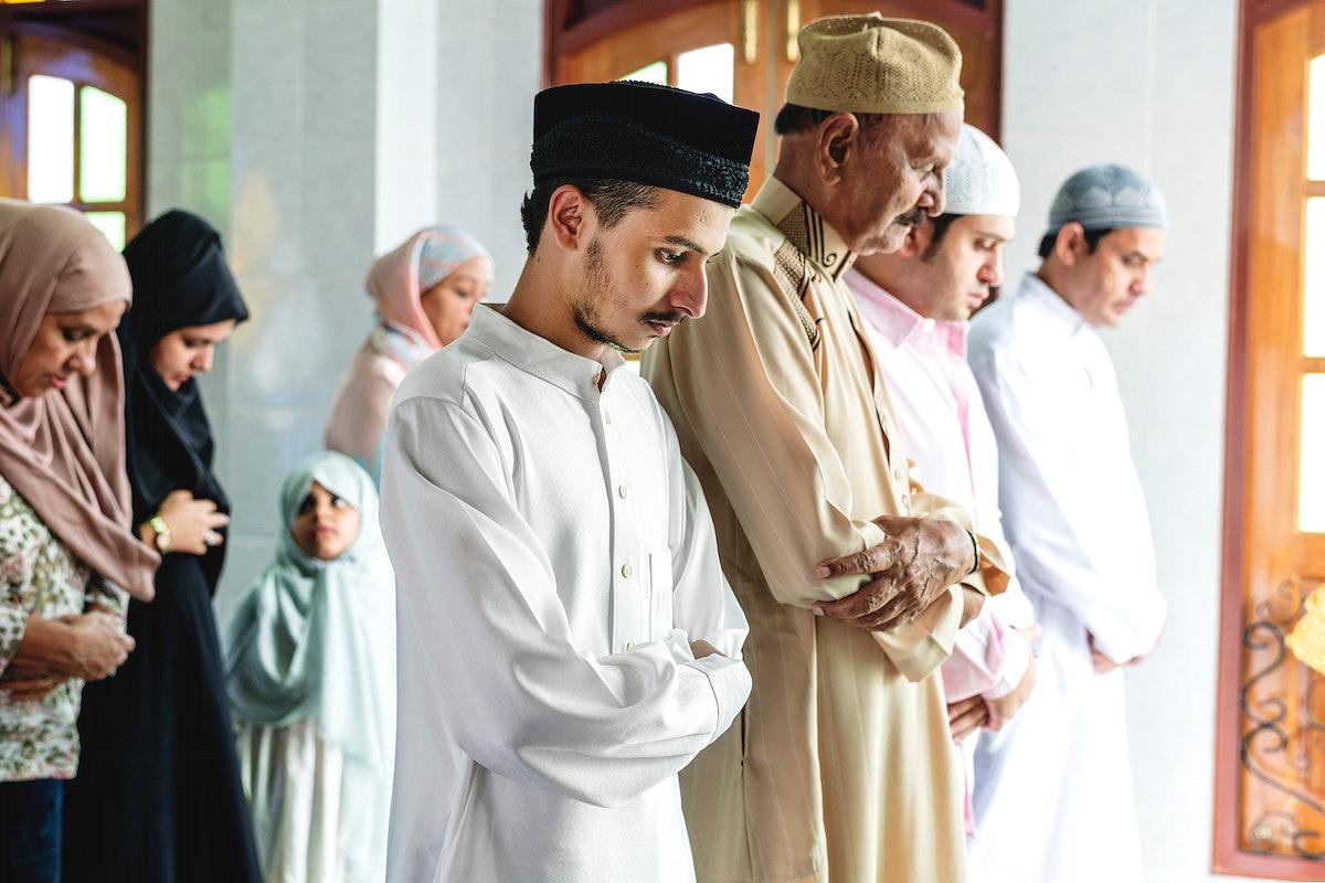 Muslim prayers in Qiyaam posture