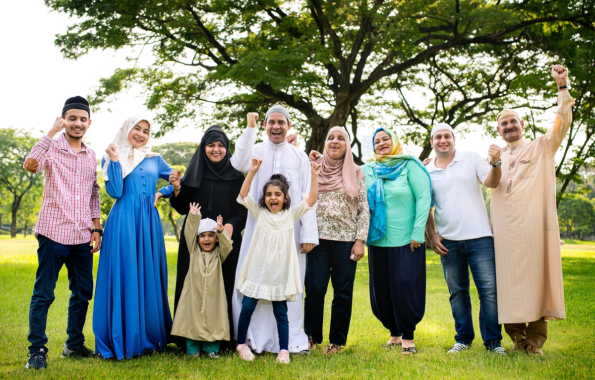 A happy large Muslim family