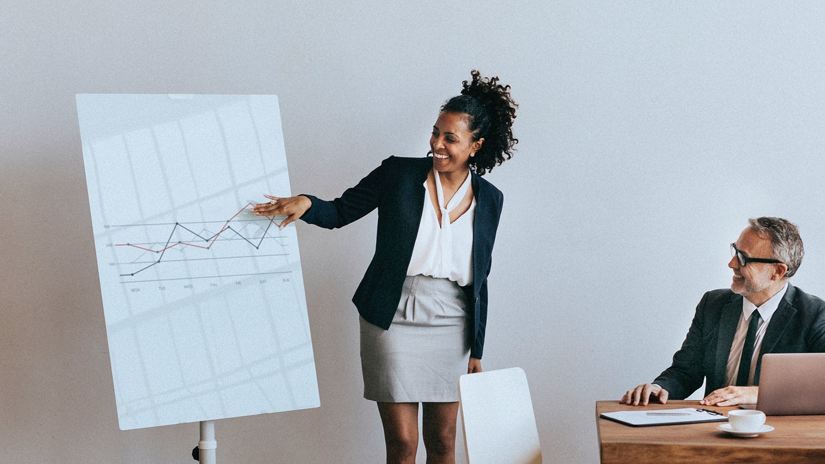 Businesswoman presenting report in a meeting mockup