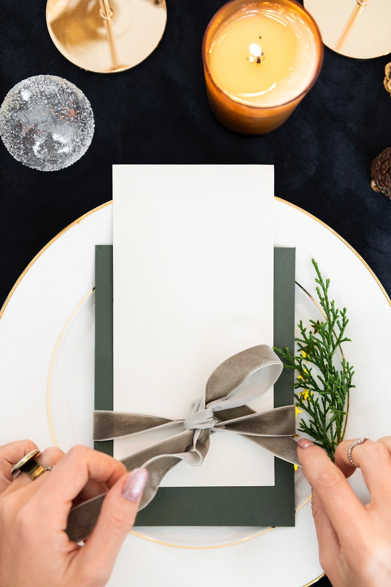 Card on a dining table mockup