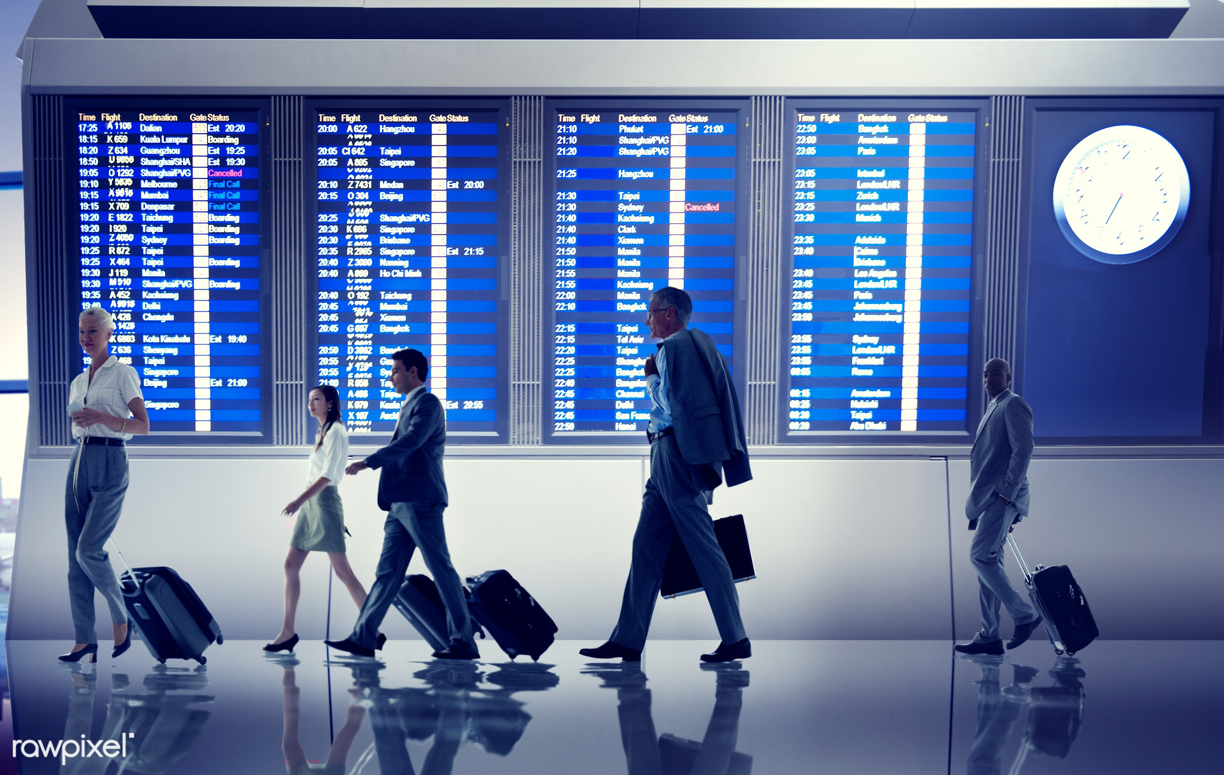 corporate, businessmen, business people, business travel, travel, traveling, airport, flight, terminal, gate, airline