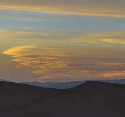 Royalty Free Desert Valley Stock Photos | rawpixel