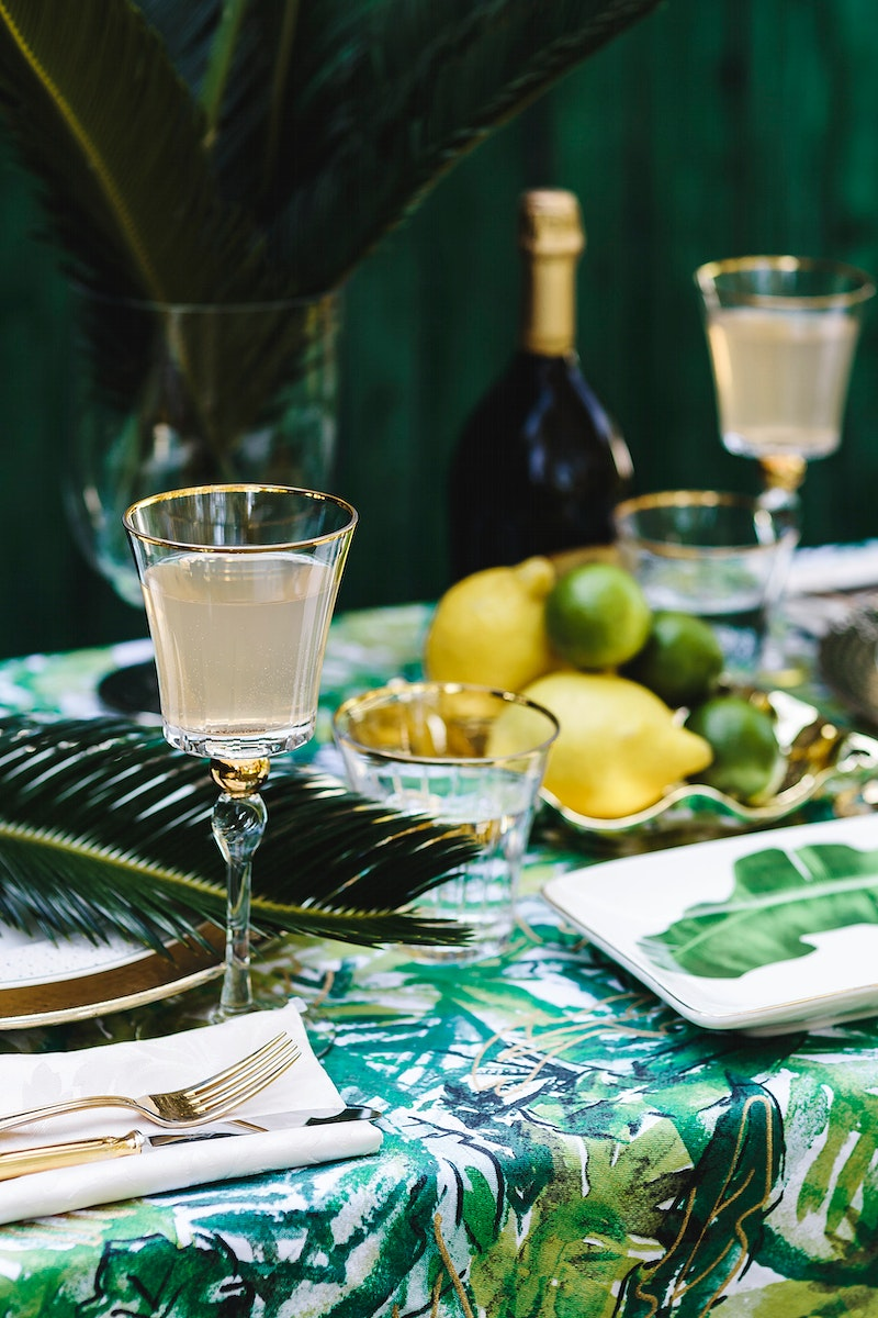 Tropical set dinner. Visit Kaboompics for more free images.