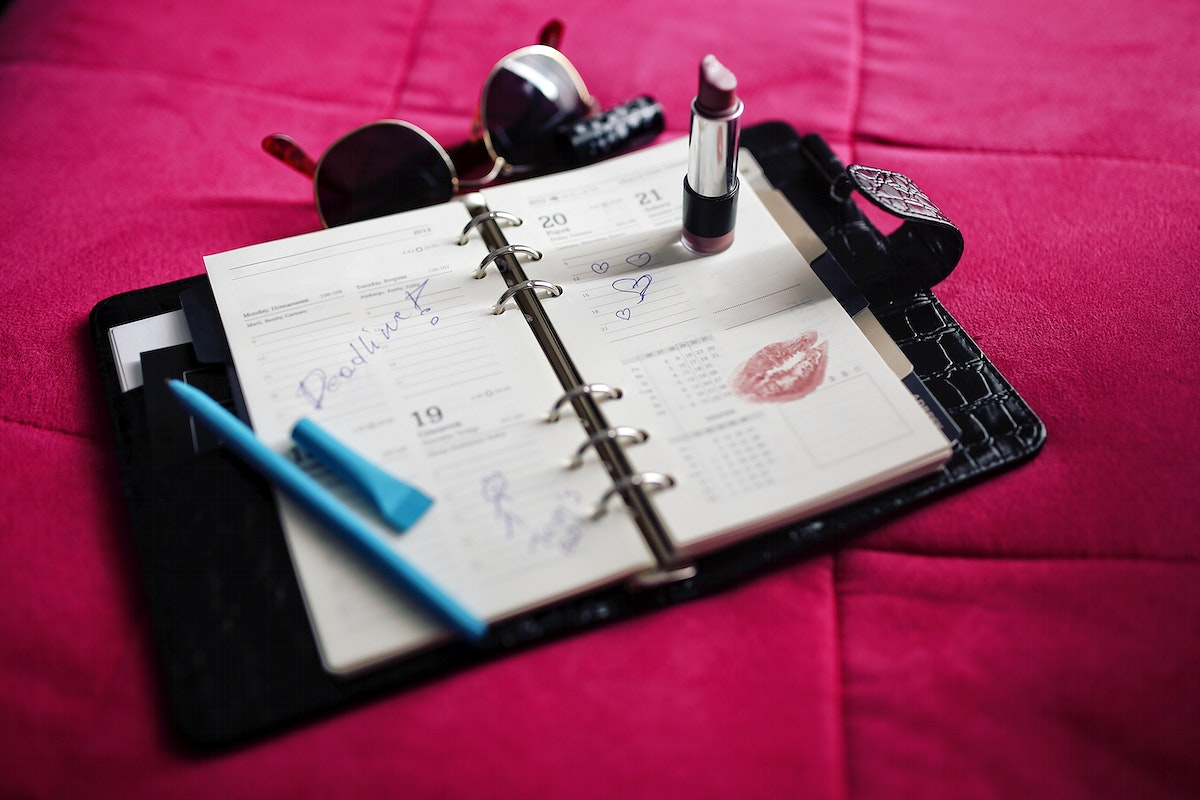 A filled up agenda. Visit Kaboompics for more free images.