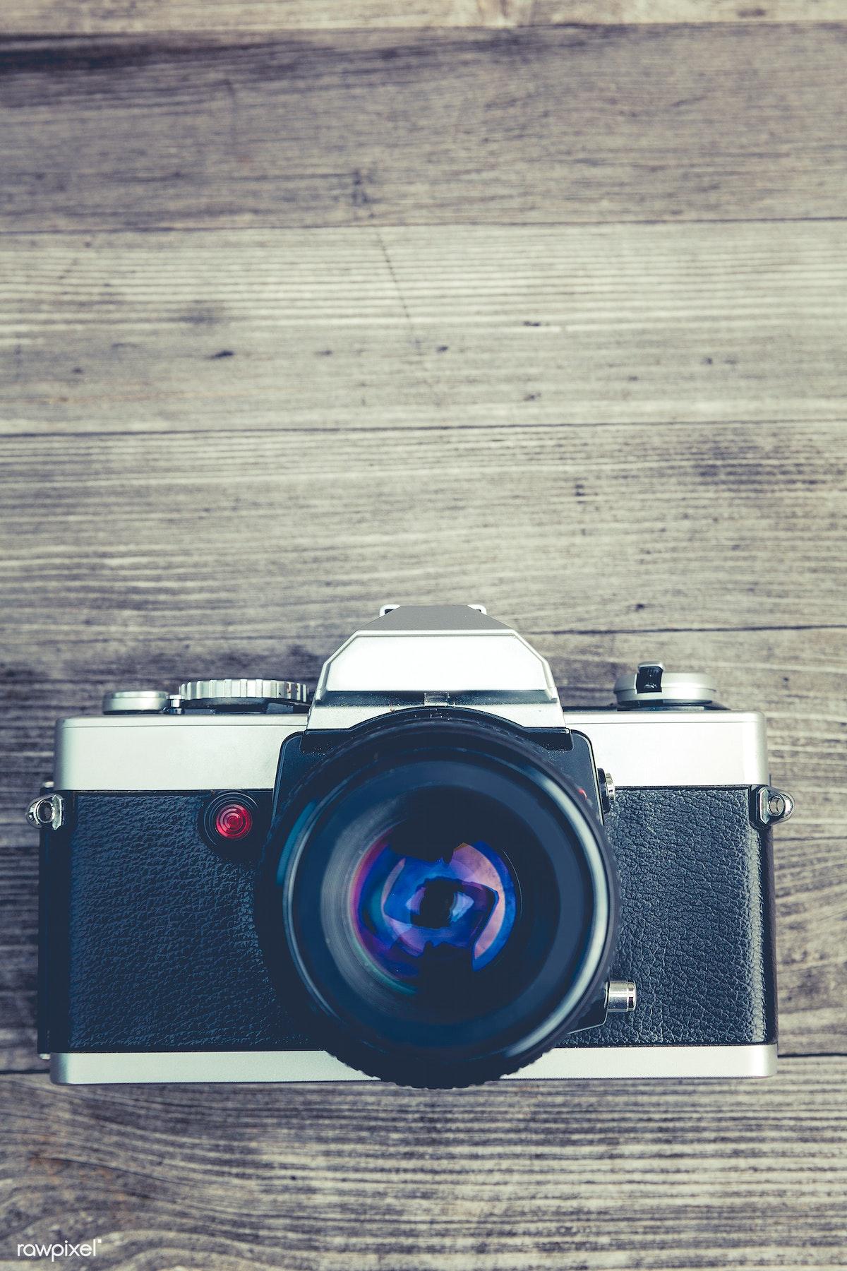 Vintage analog 35mm film camera   Free public domain photo