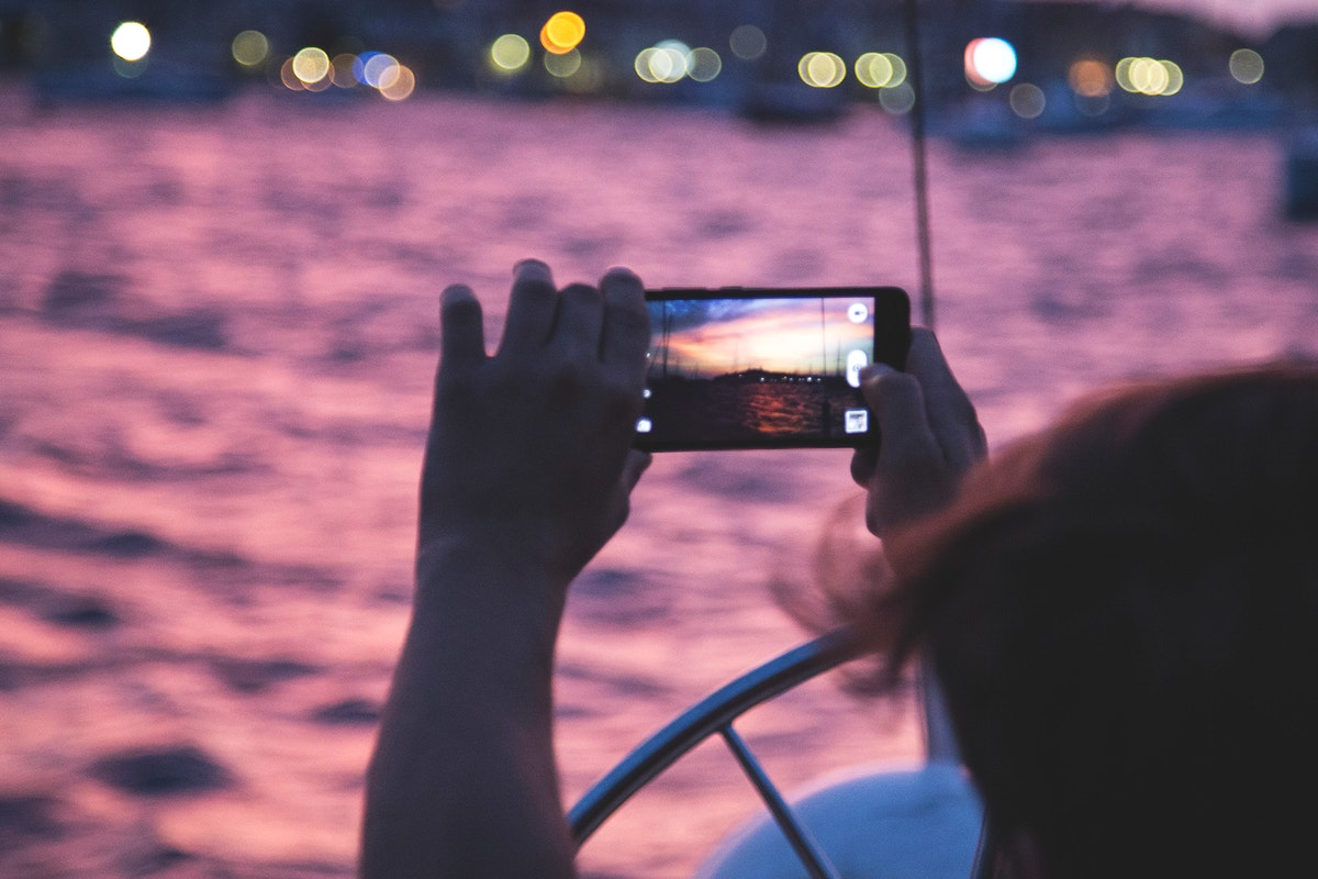 Using a smartphone to capture a moment
