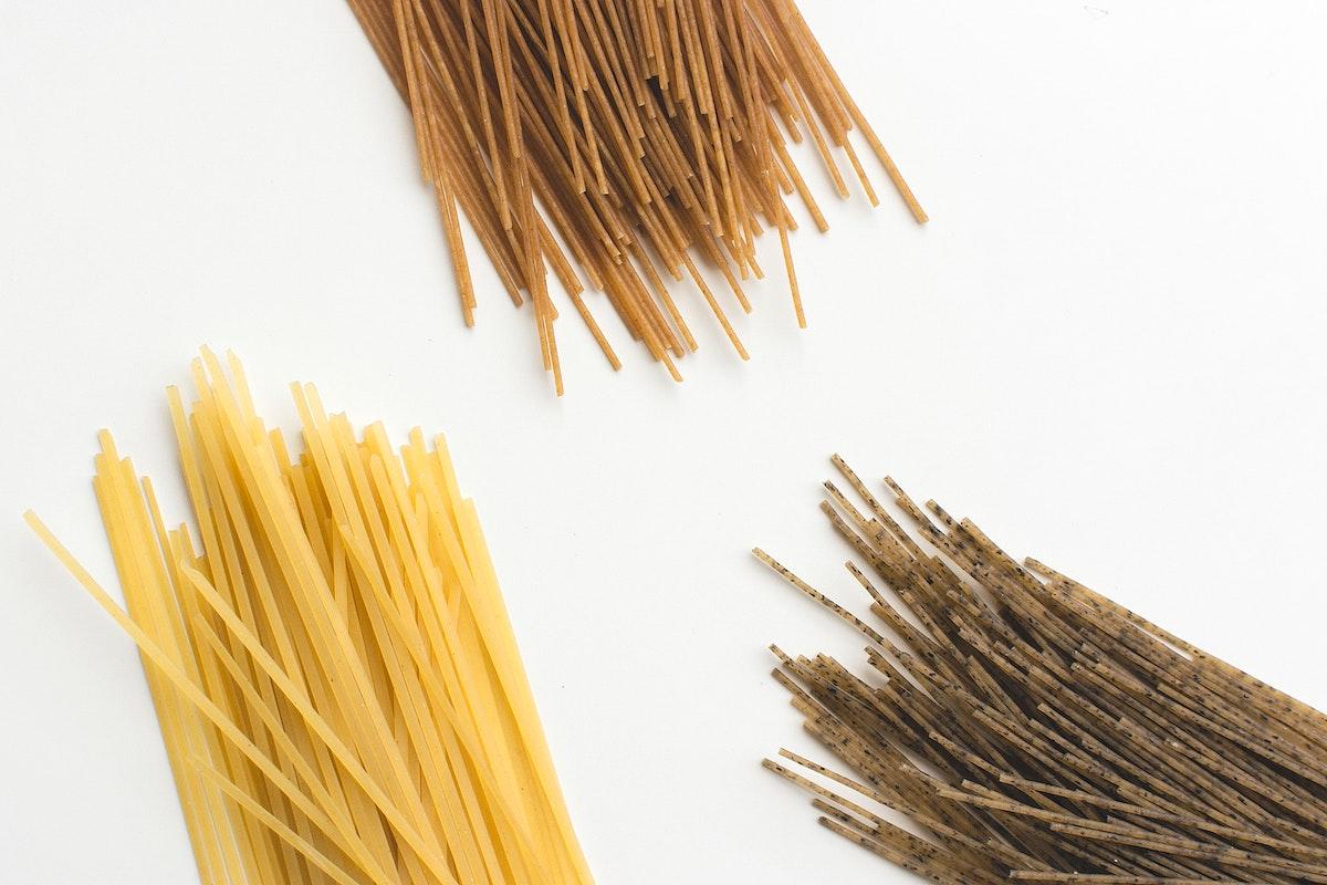 Tricolor spaghetti food photography