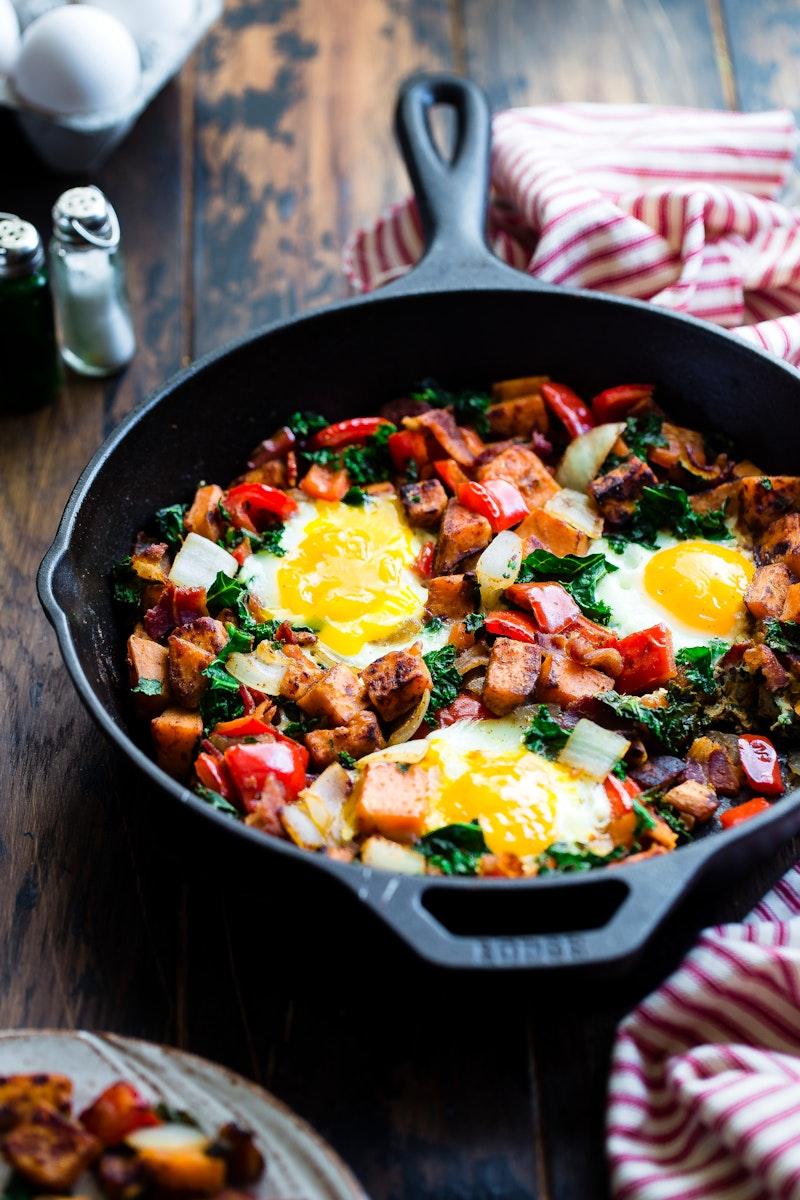 Healthy Paleo sweet potato breakfast hash with bacon