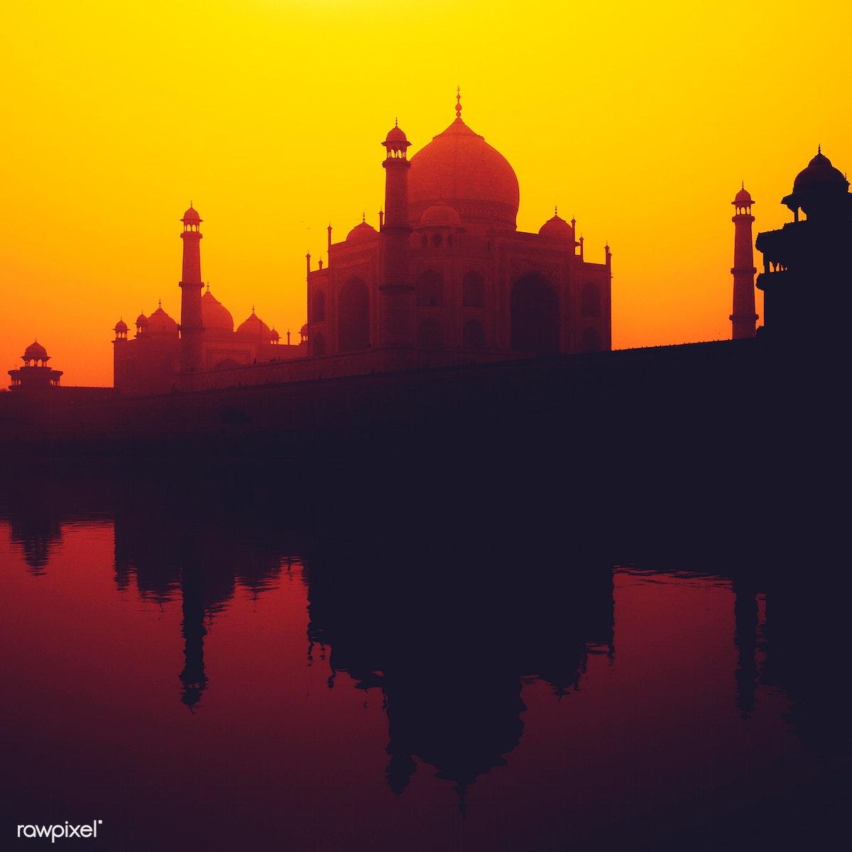 Download Premium Image Of Sunset Silhouette Of A Grand Taj Mahal 81177