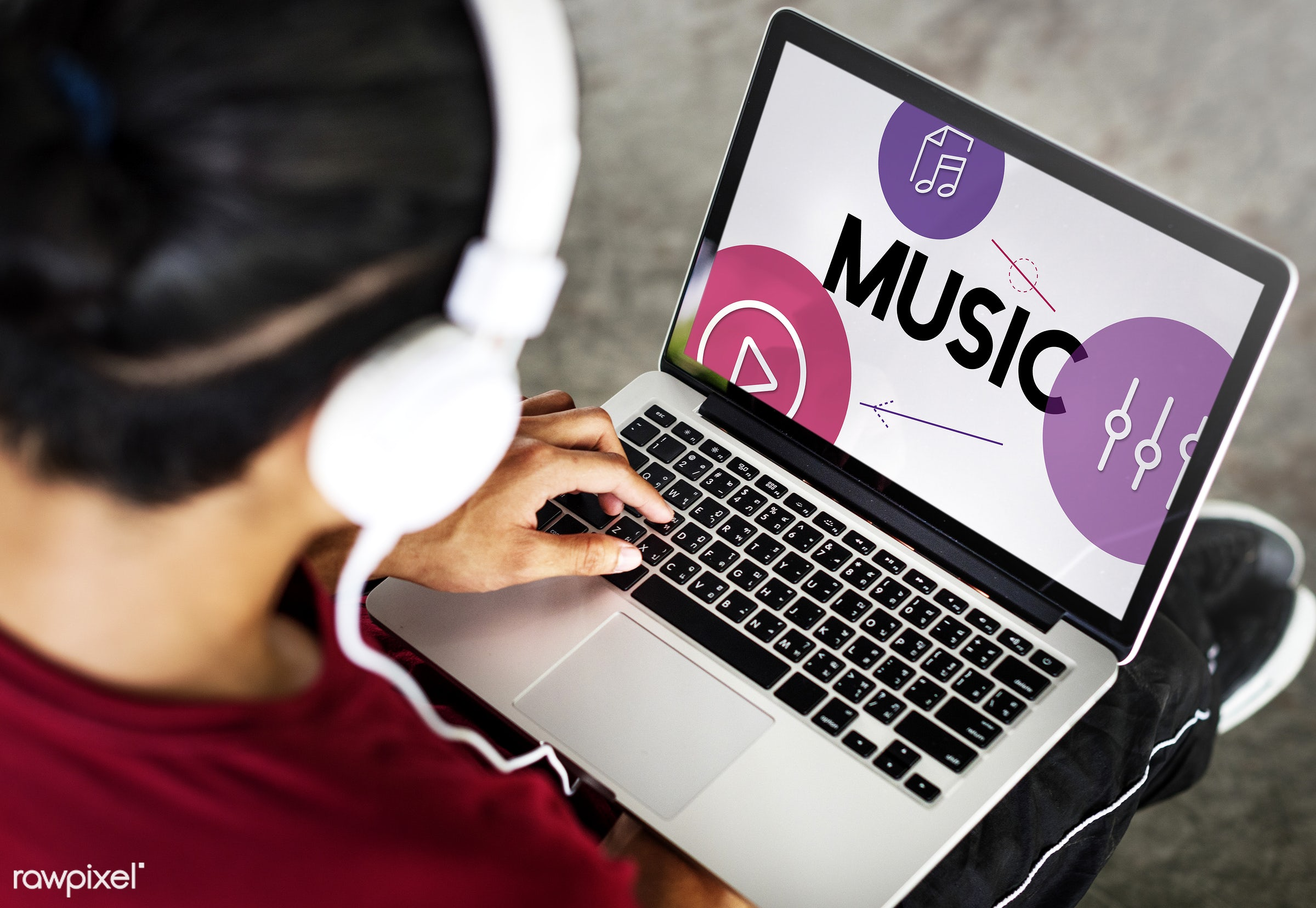 audio, broadcast, browse, browsing, connect, connection, digital media, entertainment, equalizer, graphics, harmony,...