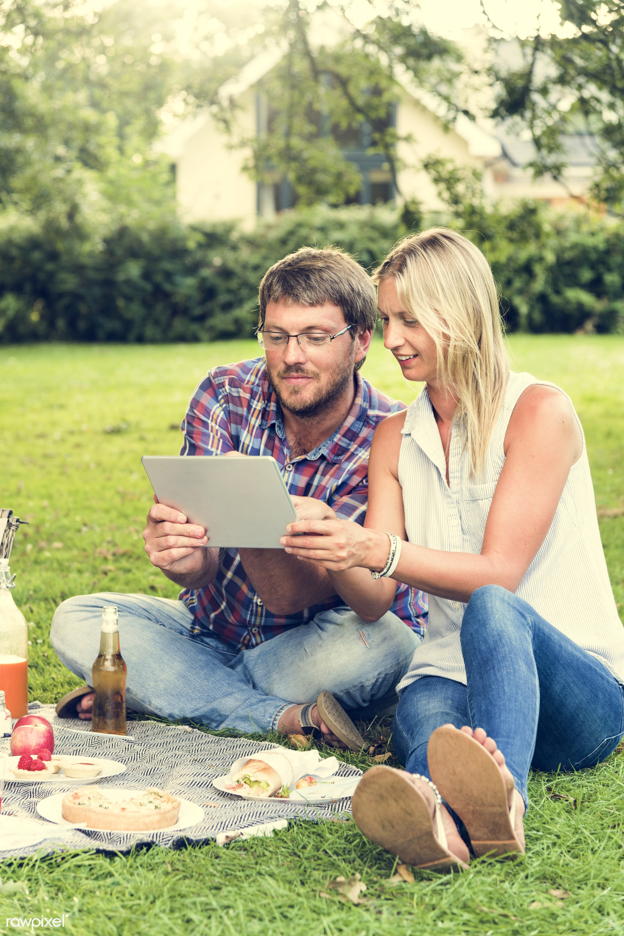 beer, bonding, care, casual, cheerful, connection, dating, digital tablet, drinks, enjoyment, environmental, family, father...