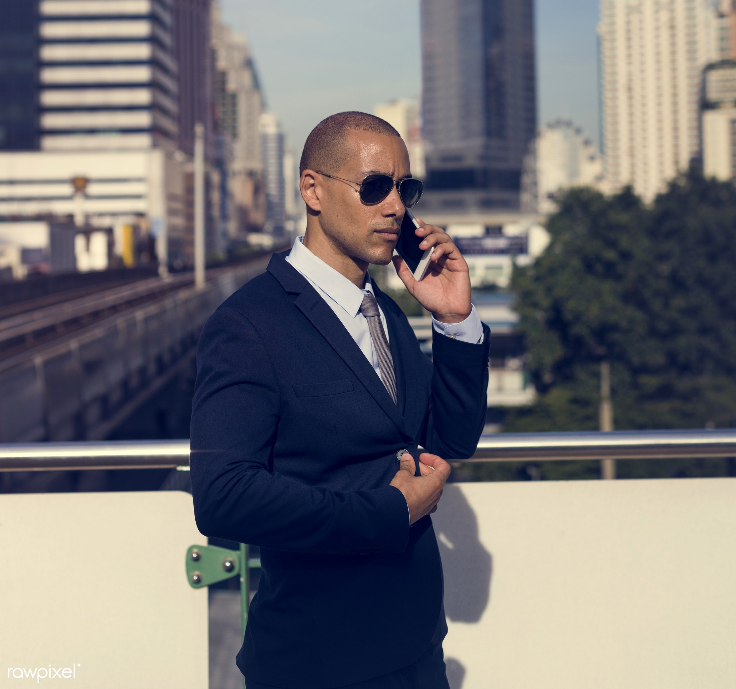 update, expression, face, phone, person, suit and tie, white collar worker, busy, calling, people, business, hands, middle...