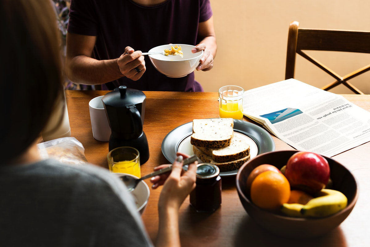 Coouple Eating Morning Breakfast Togetherness