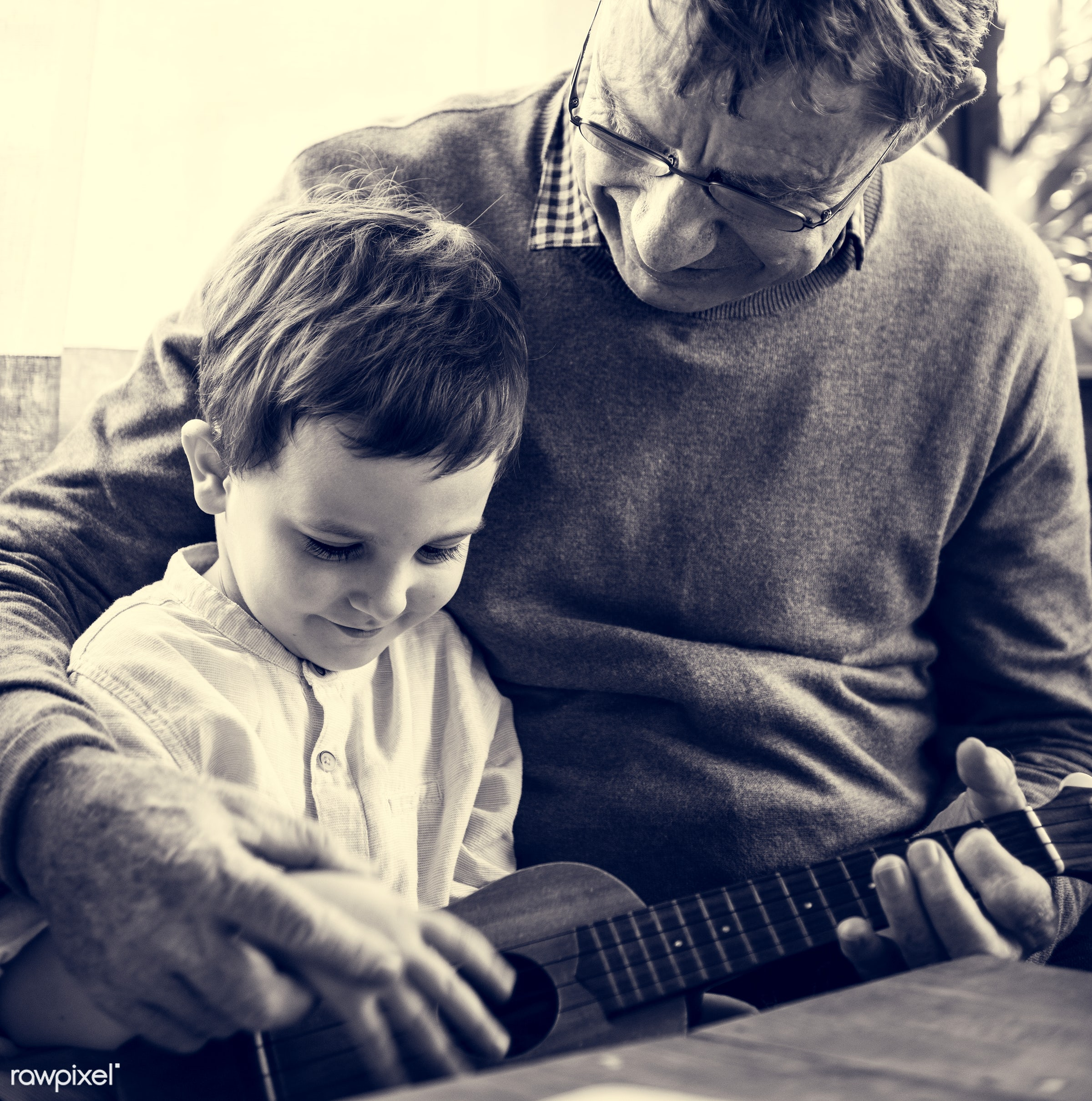 ukelele, song, old, perform, positivity, love, playing, break, genuine, performance, family, happy, musician, smile,...
