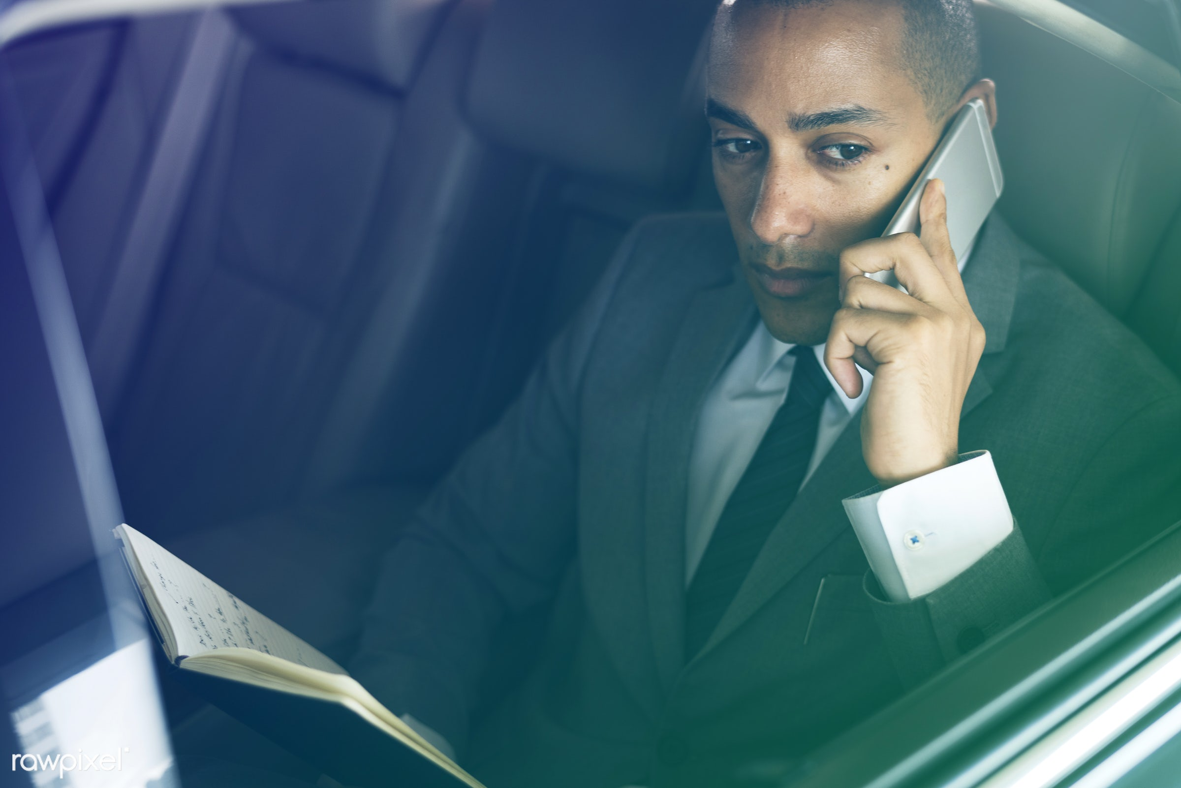 car, expression, call, face, person, phone, tie, white collar worker, vehicle, use, travel, transportation, business,...