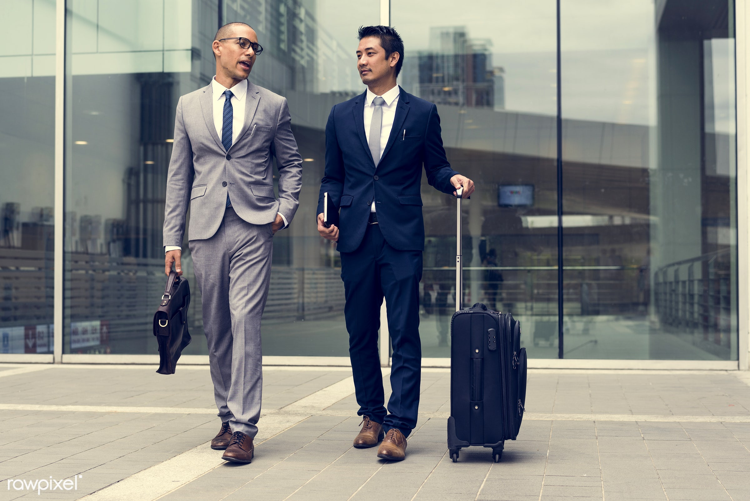 expression, business trip, person, manager, diverse, white collar worker, luggage, travel, people, together, caucasian,...