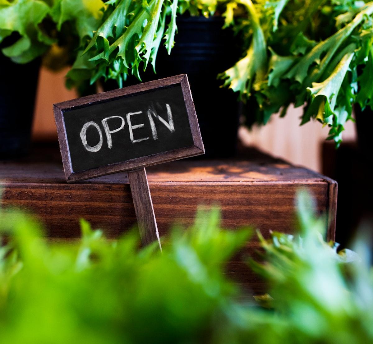 Organic garden open signature