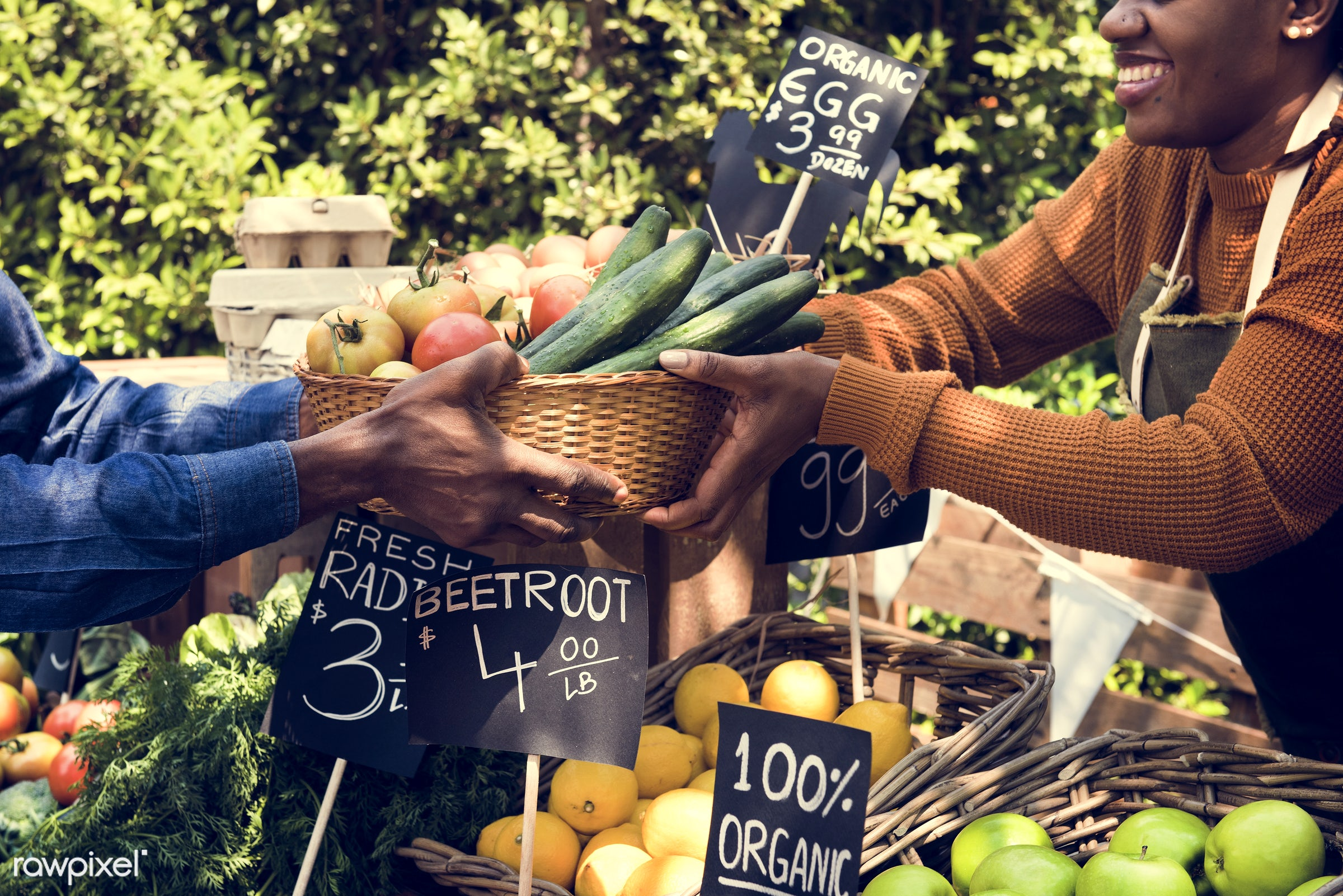 shop, person, tomato, stall, consumer, egg, people, farmer, choosing, choose, display, tomatoes, sign, nutrition, price,...