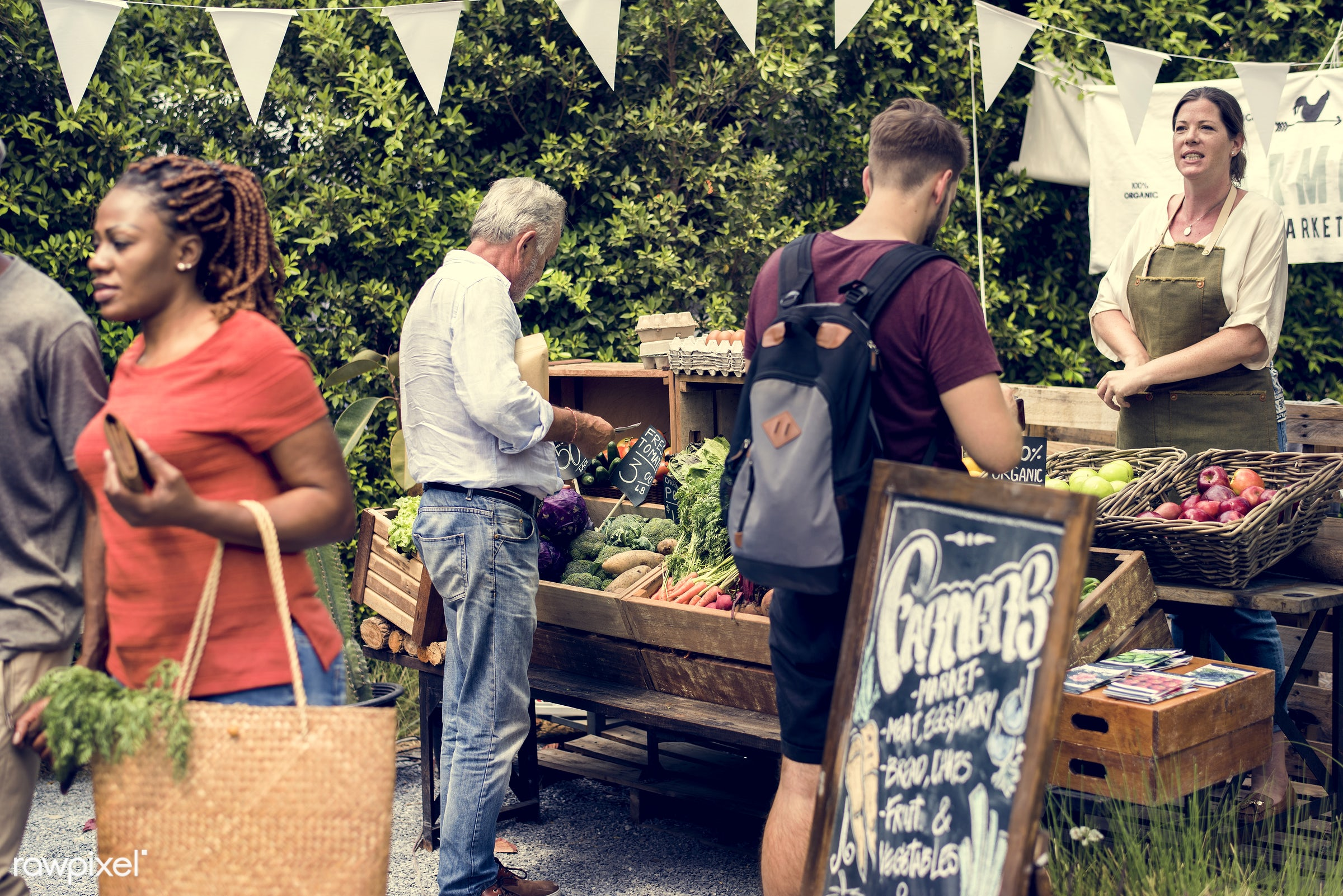 shop, person, stall, buy, customer, people, farmer, woman, choosing, choose, consumers, display, sign, nutrition, market,...