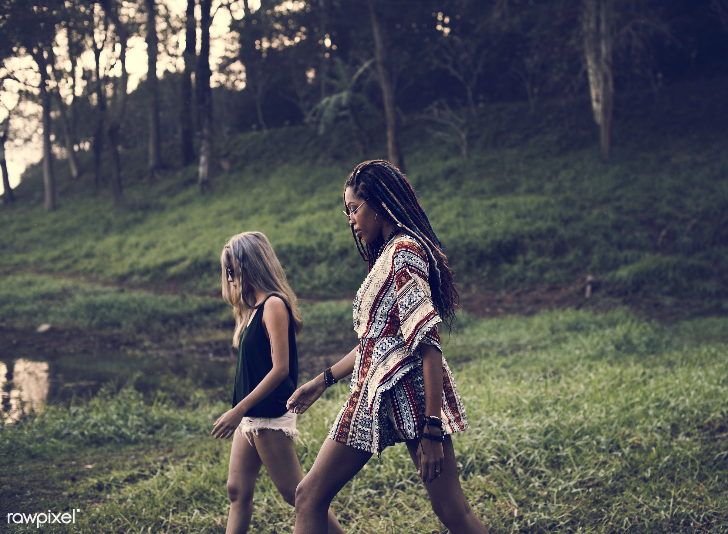 person, walking, comrade, by, travel, people, together, wanderlust, friends, life, nature, woman, lifestyle, intimate,...