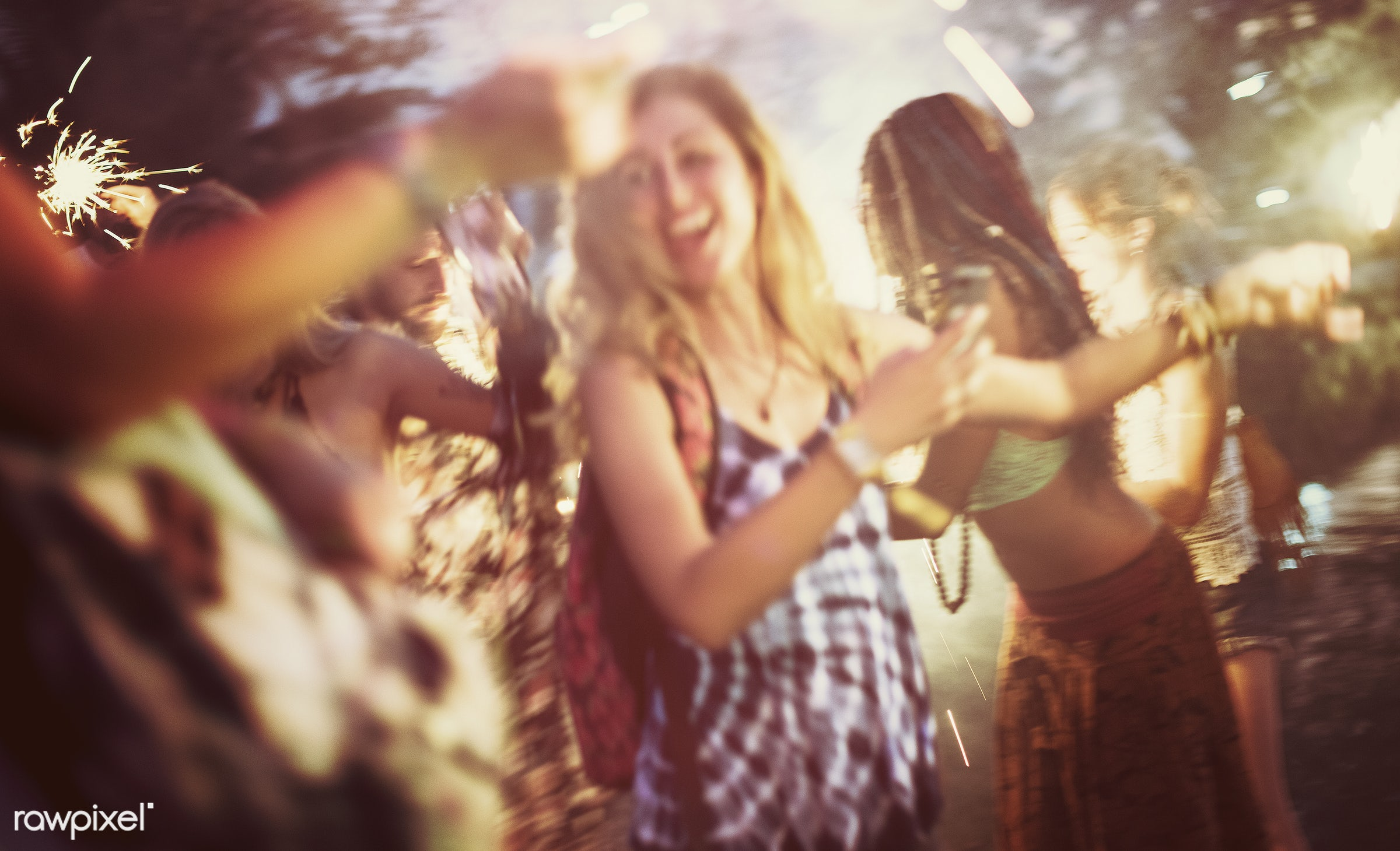 concert, bonding, party, people, friends, event, lifestyle, friendship, weekend, leisure, happiness, fun, youth, holiday,...