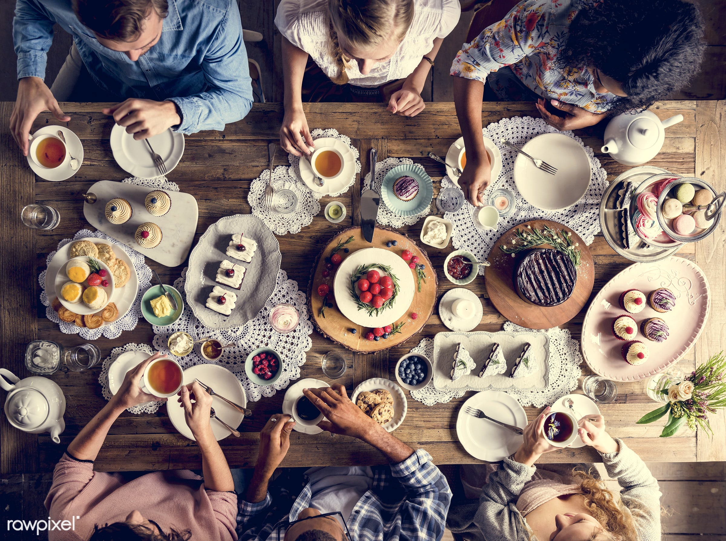 dish, person, recipe, party, tea, people, together, tea party, friends, bakery, frosting, woman, event, gather, friendship,...
