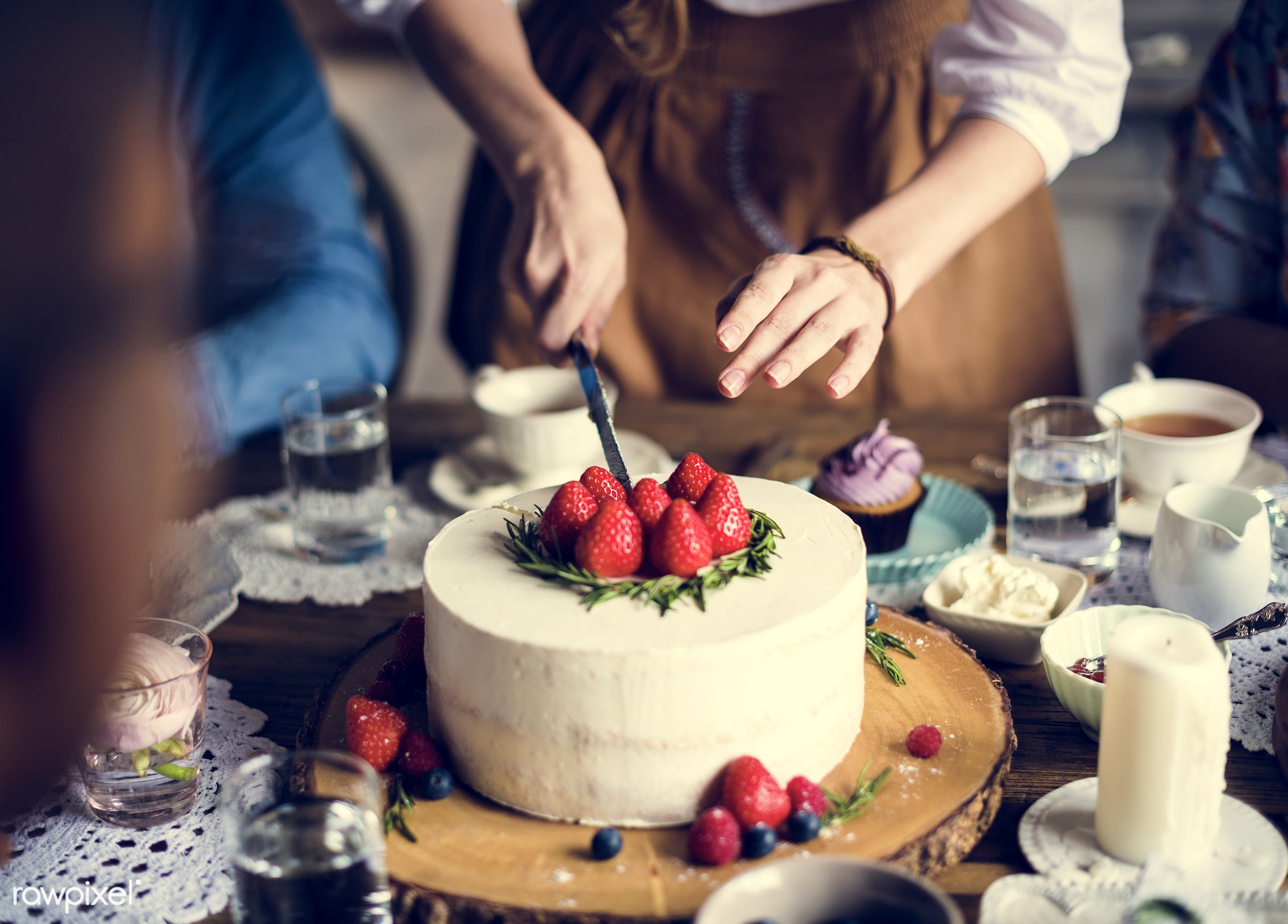 dish, person, recipe, party, tea, people, together, tea party, friends, bakery, frosting, gather, event, woman, gathering,...