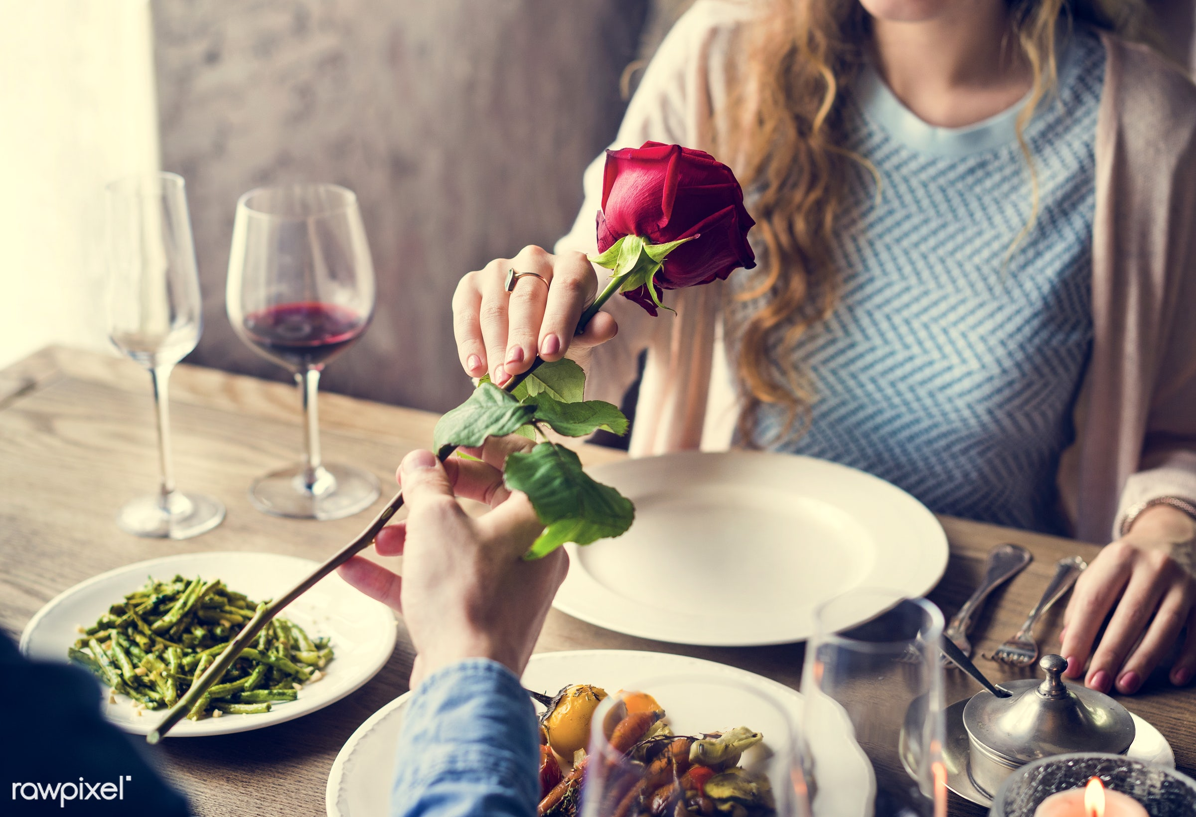 expression, person, people, together, love, gather, woman, lunch, cheerful, flower, hold, happiness, table, dinner, rose,...