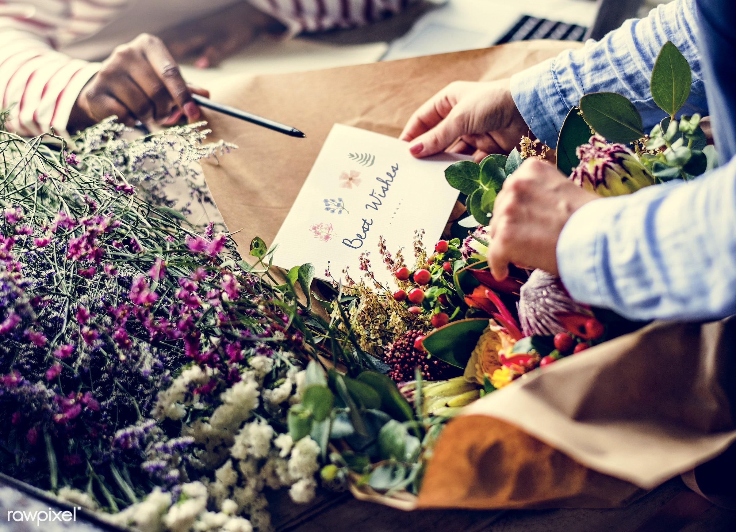 bouquet, shop, detail, person, wish, people, wax flower, decor, nature, card, flowers, work, refreshment, florist, present,...