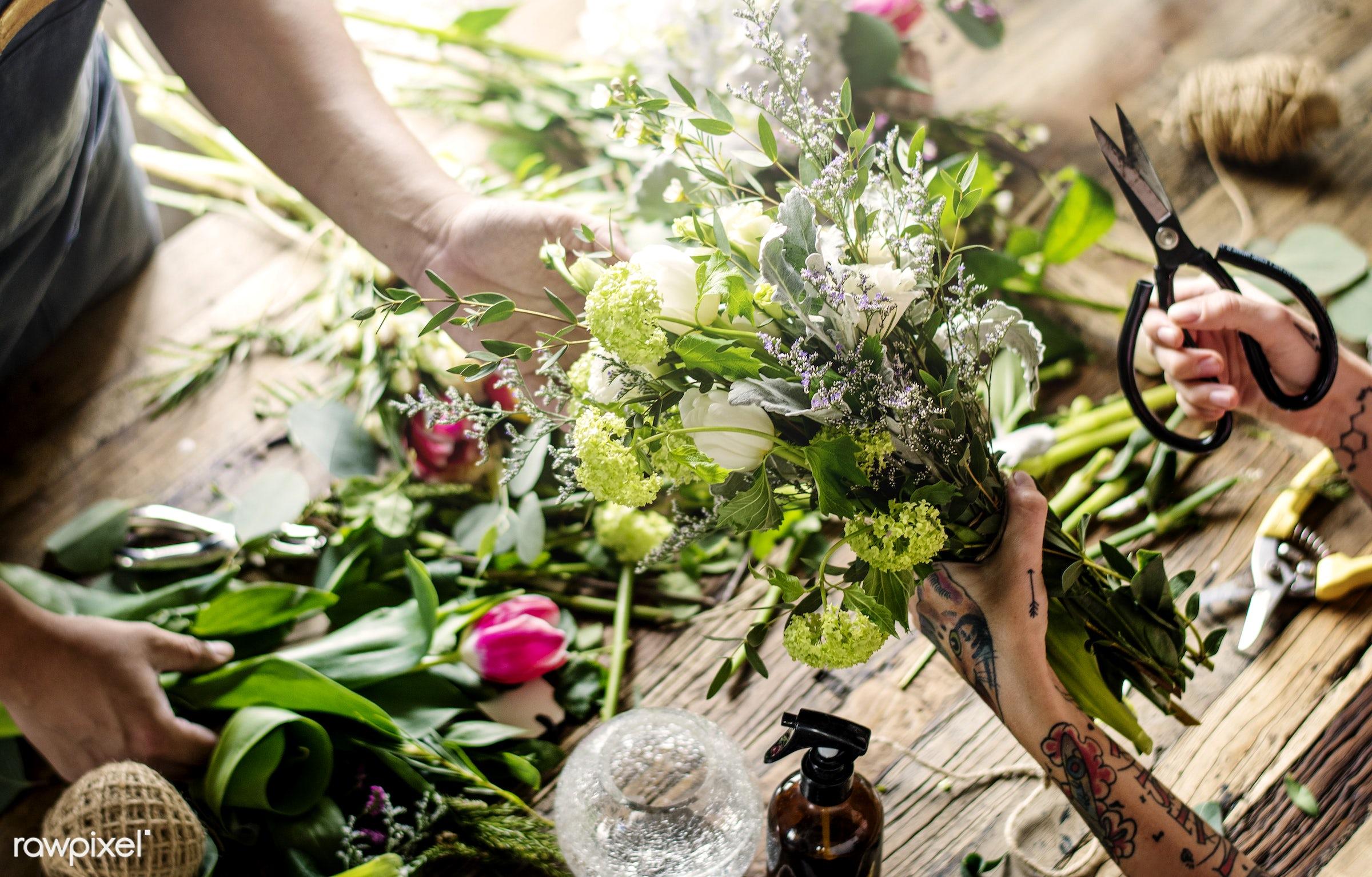 bouquet, shop, detail, person, merchandise, people, decor, nature, flowers, work, hold, refreshment, career, florist,...