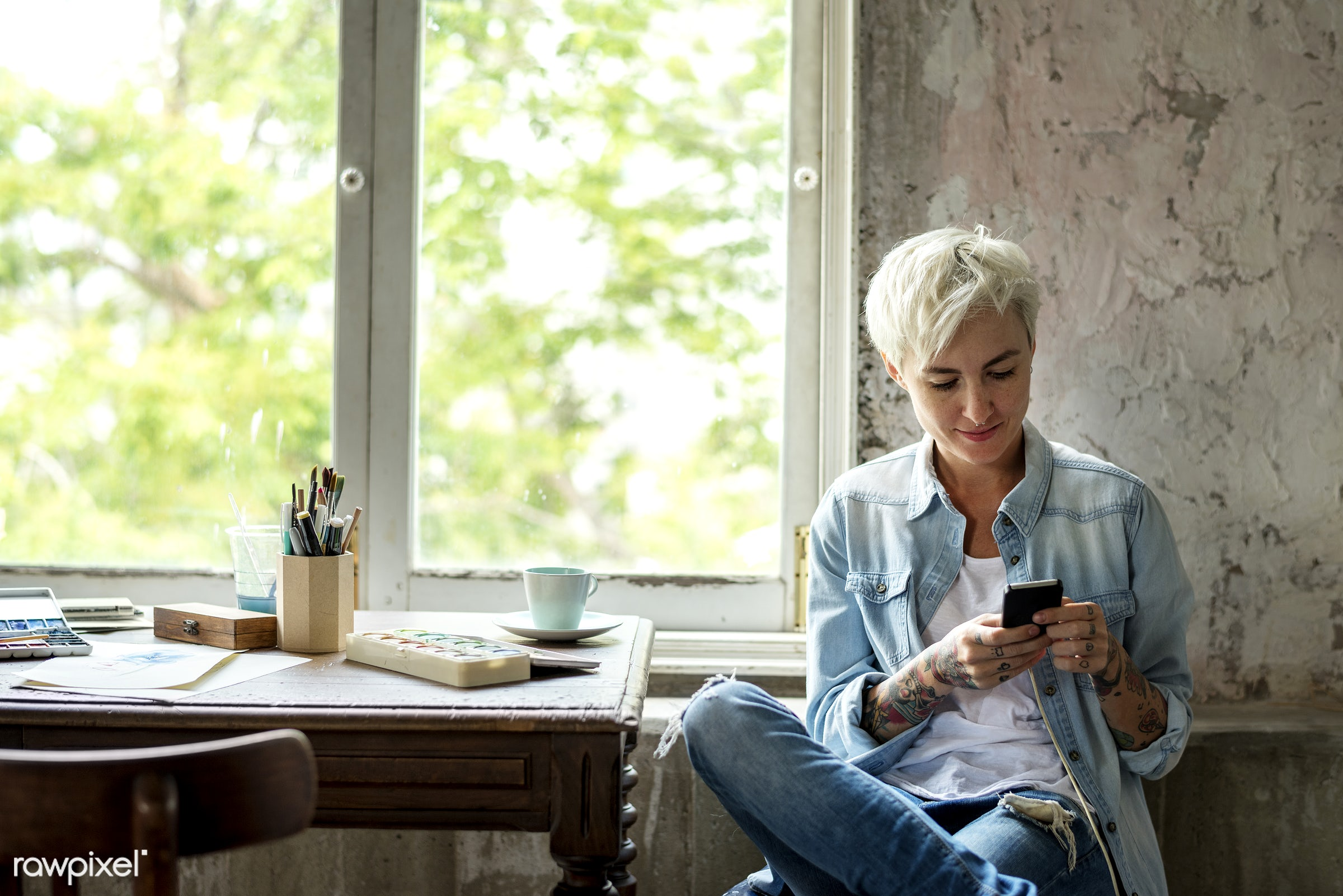 person, technology, workspace, workplace, people, drawing, woman, casual, mobile phone, tattoo, smile, cheerful, smiling,...