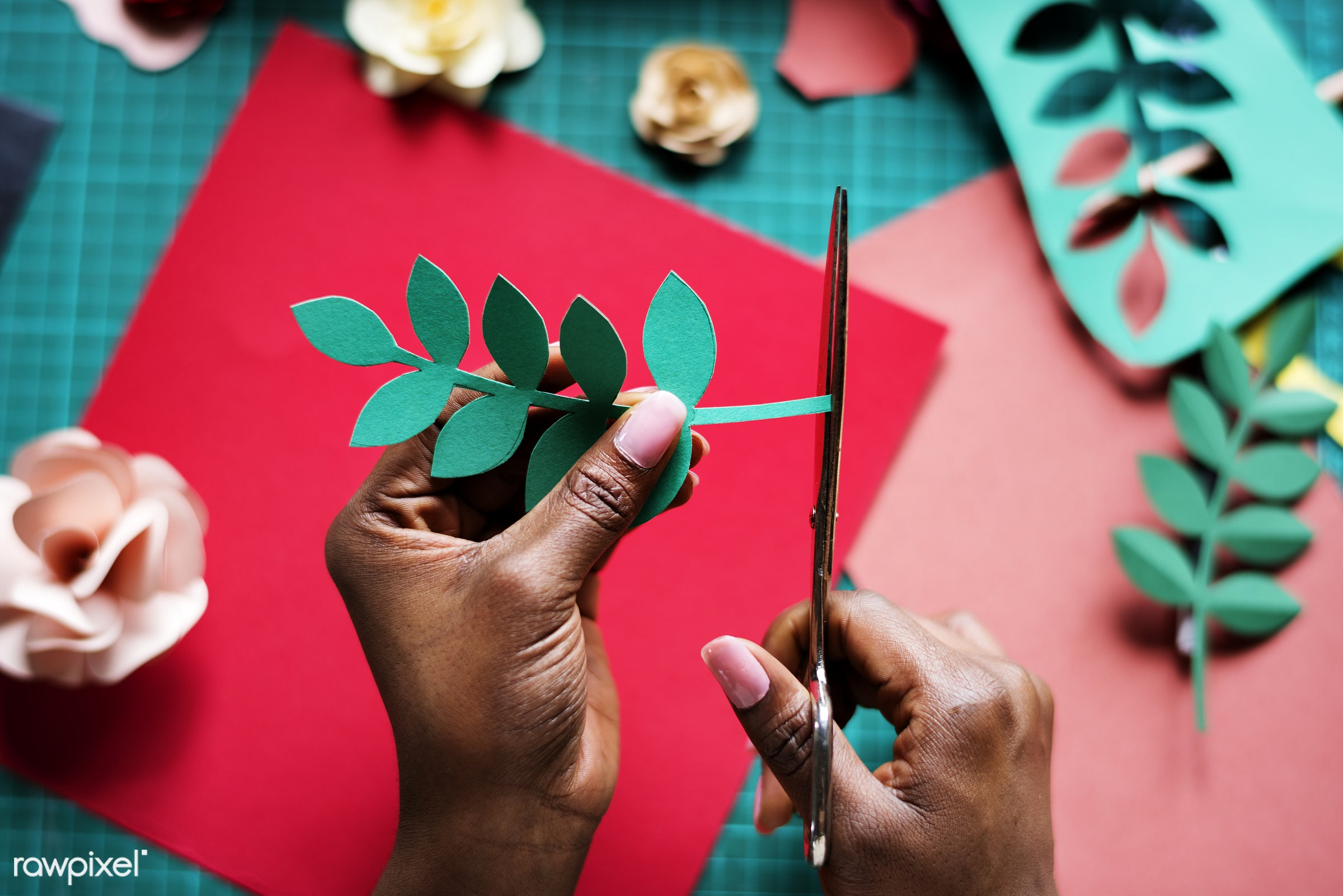 craft, person, using, handicraft, leaf, leaves, people, artwork, dried, woman, action, flowers, paper craft, hold, art,...