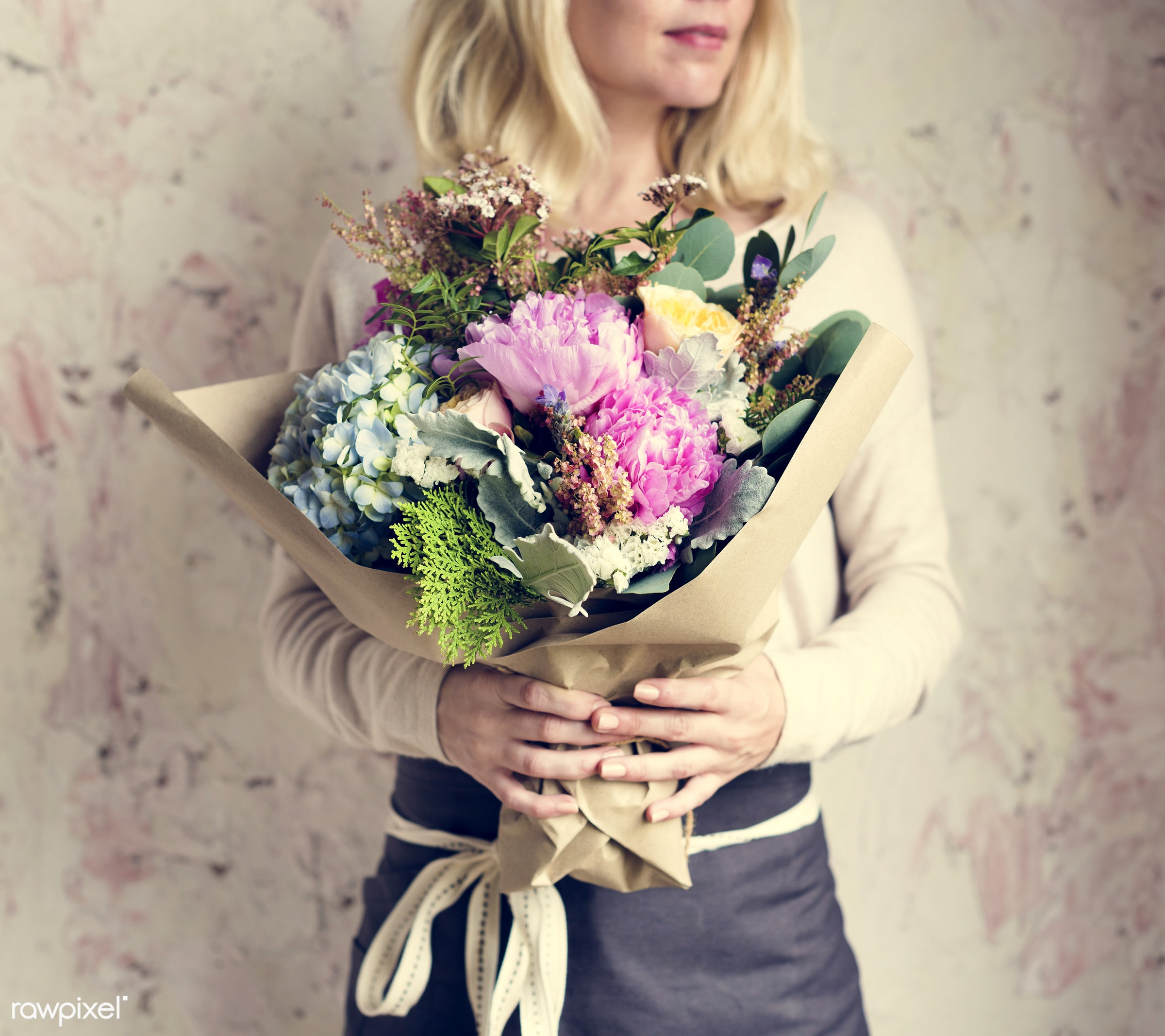 bouquet, person, detail, decorative, colorful, holding, diverse, events, plants, show, hydrangea, spring, people, blossom,...