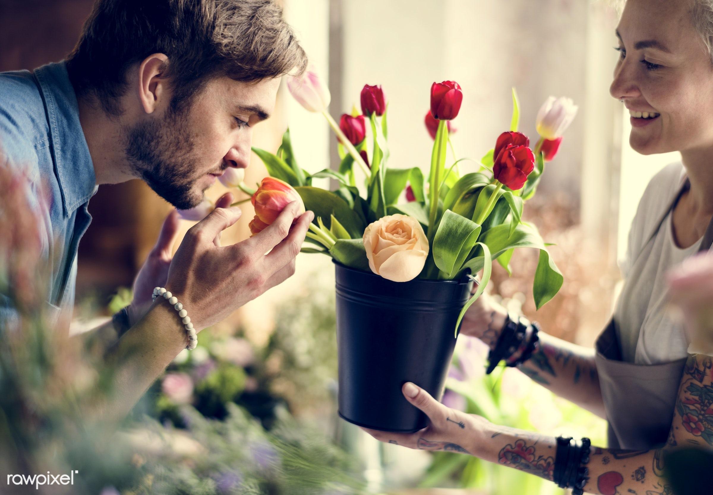 shop, bouquet, detail, person, people, pot, decor, nature, flowers, work, hold, refreshment, career, florist, present,...