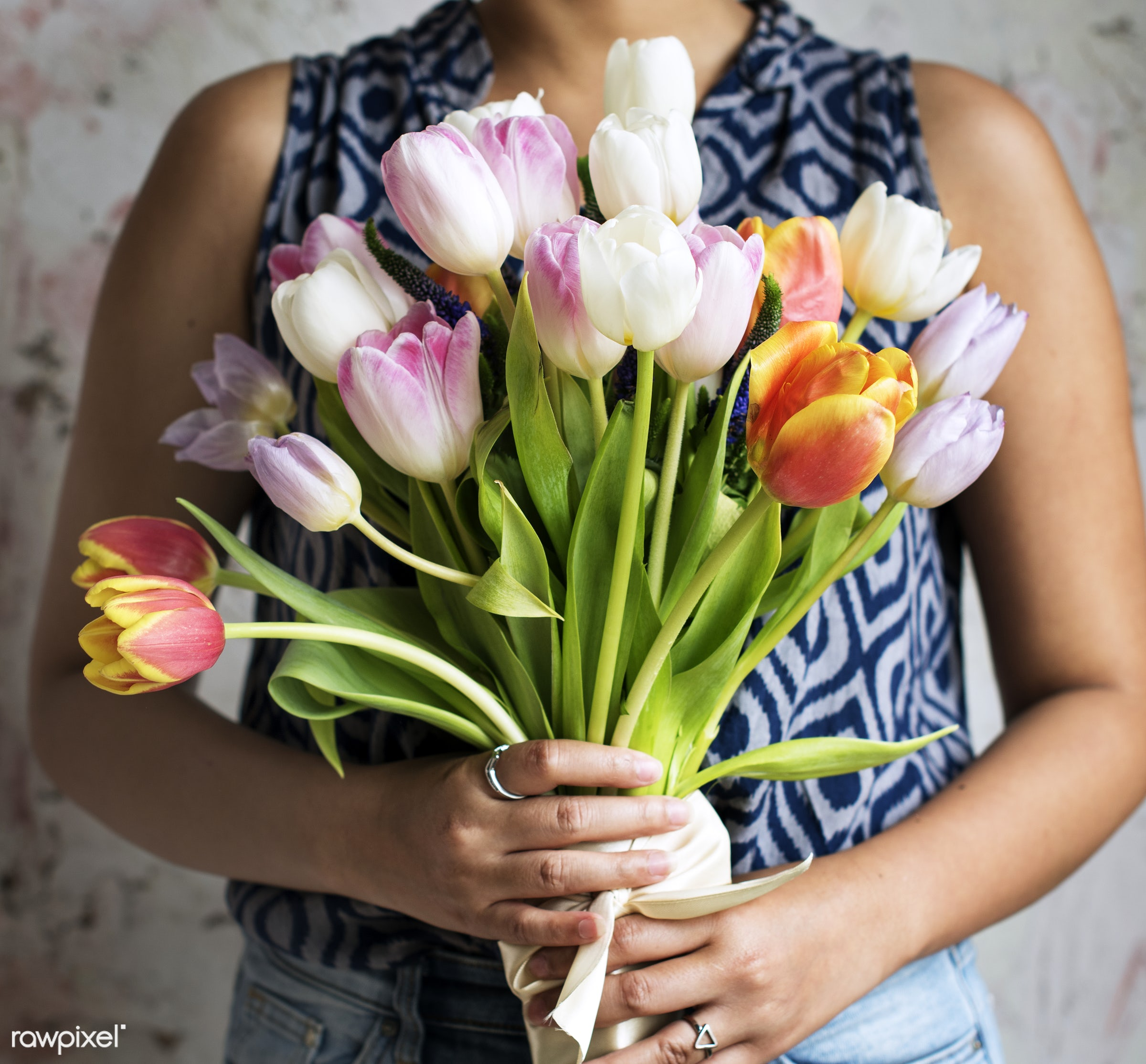 spring, colorful, floral, tulip, woman, arrangement, attractive, bloom, blooming, blossom, bouquet, bunch, care, cc0,...