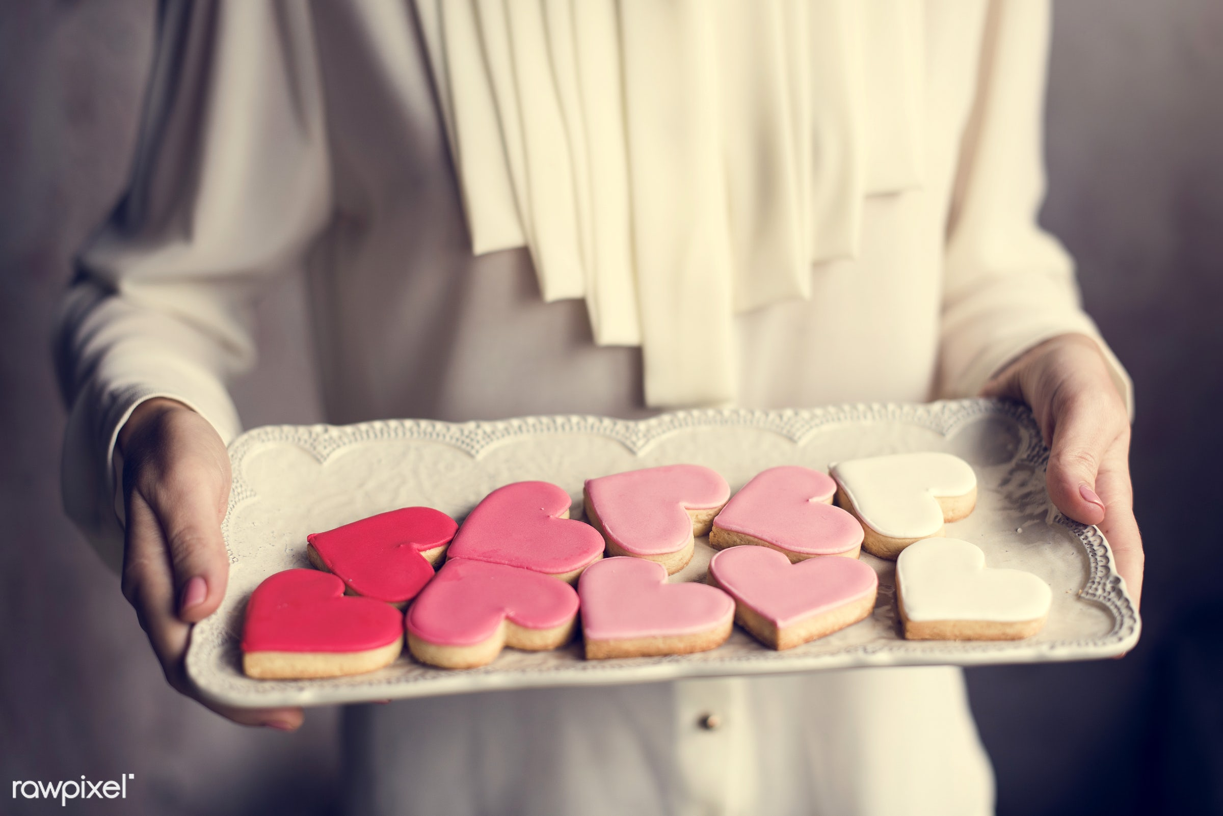 dish, person, holding, people, baked, love, girl, bakery, hands, woman, pink, cookies, carry, dessert, heart, romance, plate...