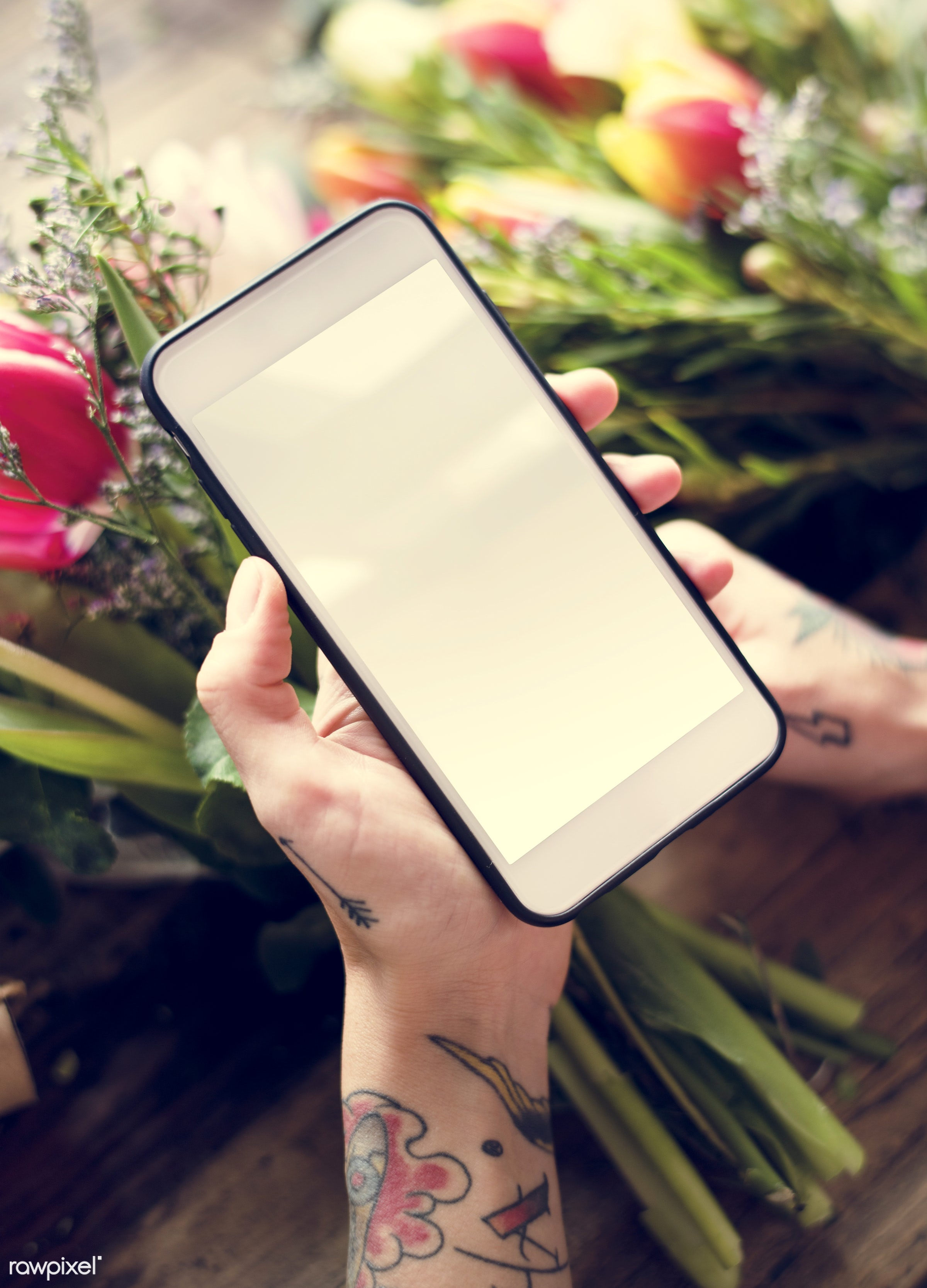 using, person, phone, technology, holding, snap, show, people, decor, nature, capture, empty, tattoo, flowers, screen, hold...