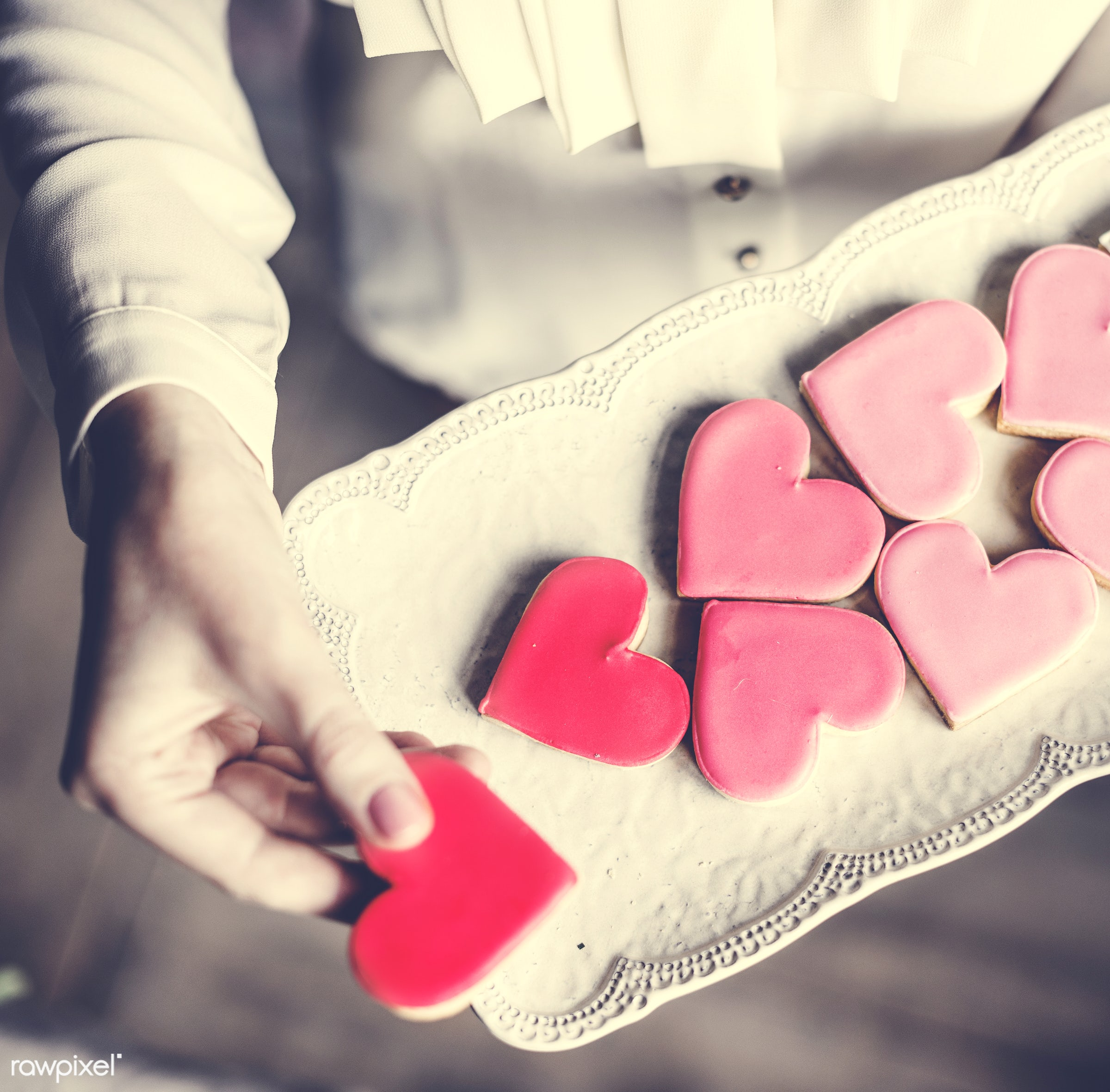 dish, person, holding, people, baked, love, girl, bakery, hands, woman, pink, aerial view, cookies, carry, dessert, heart,...
