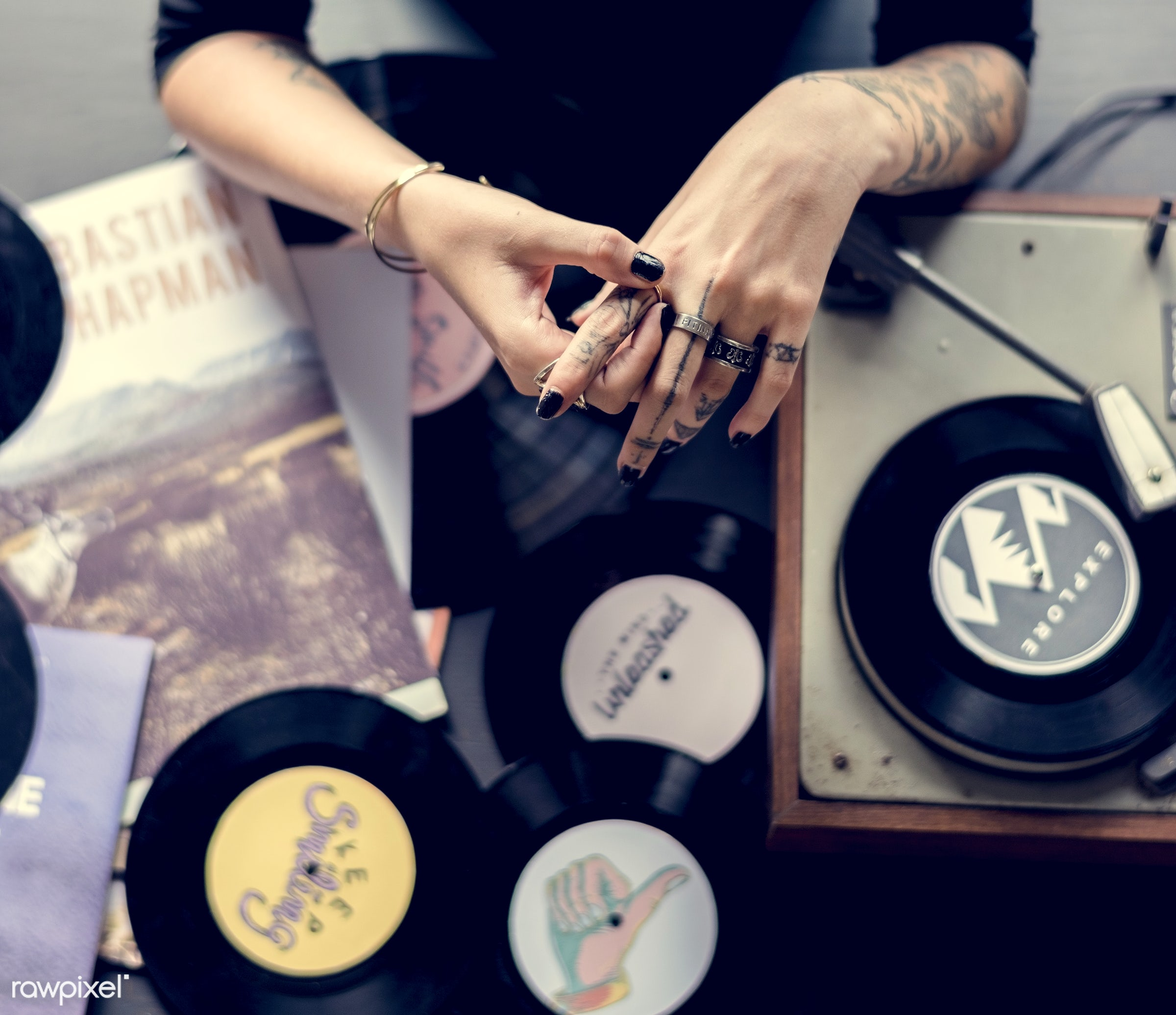 gramophone, person, retro, disc jockey, people, style, hands, woman, dj, vinyl, tattoo, classic, turntable, music, scratch,...