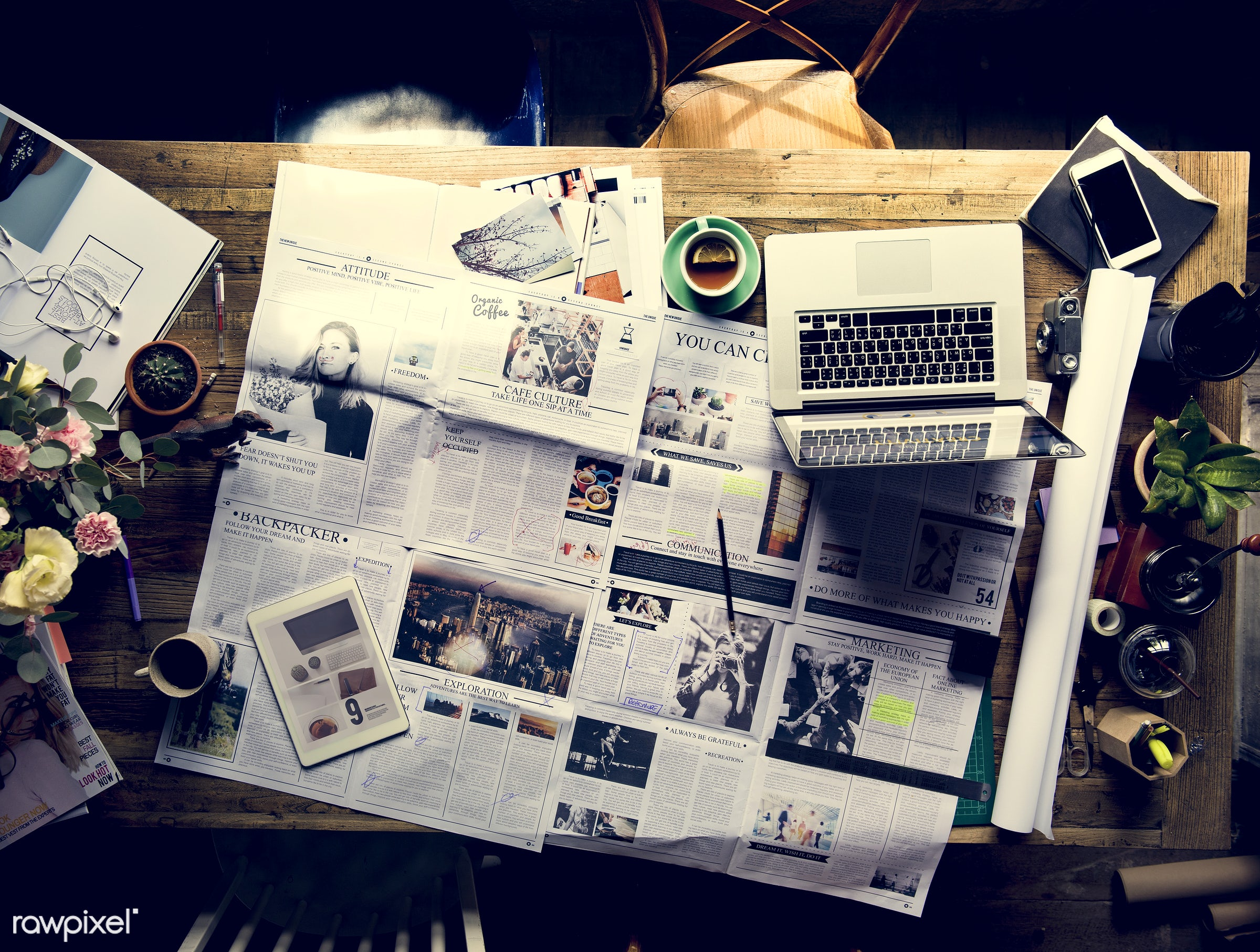 update, nobody, workspace, department, paper, proof, workplace, desk, highlight, business, magazine, journal, laptop, action...