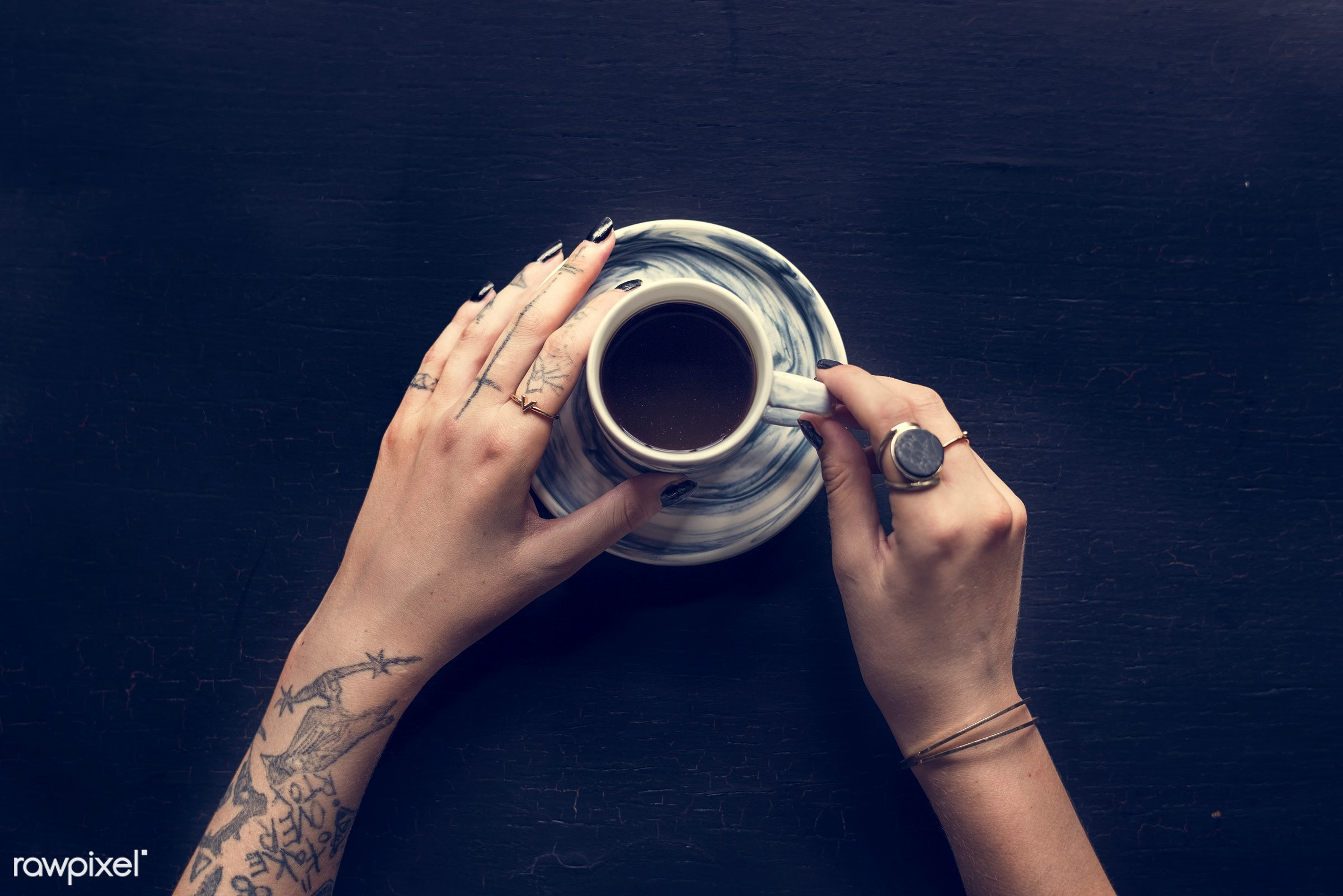 cup, person, caffeine, relax, show, people, hand, break, life, hands, lifestyle, drink, tattoo, refresh, passion, live,...