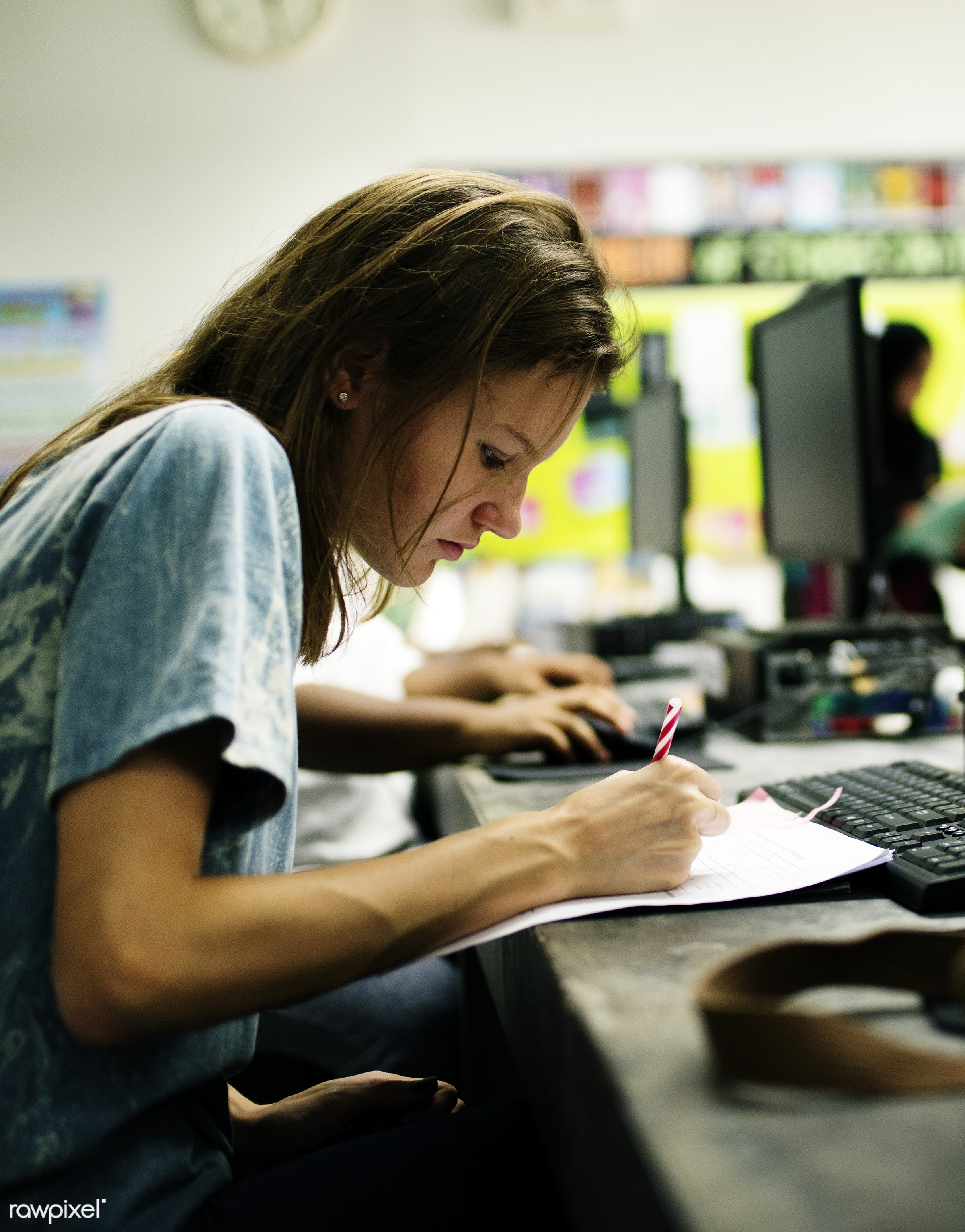 computer, using, technology, writing, caucasian, girl, student, woman, casual, screen, connection, keyboard, learning, young...