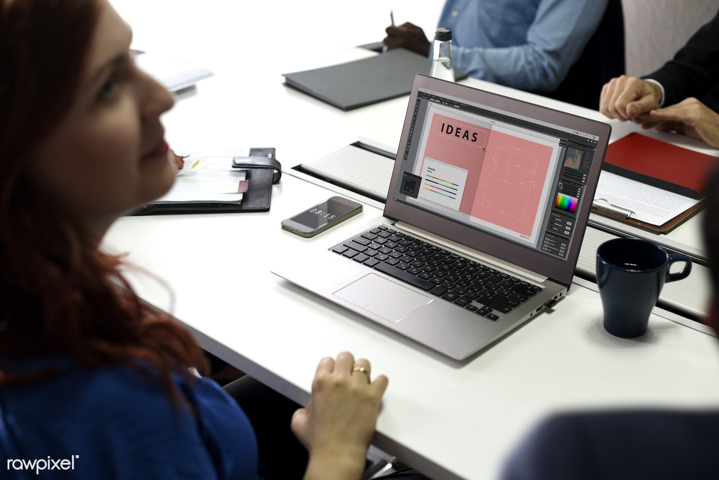 People using computer laptop - brainstorm, casual, cc0, colleagues, communication, creative, creative common 0, creative...