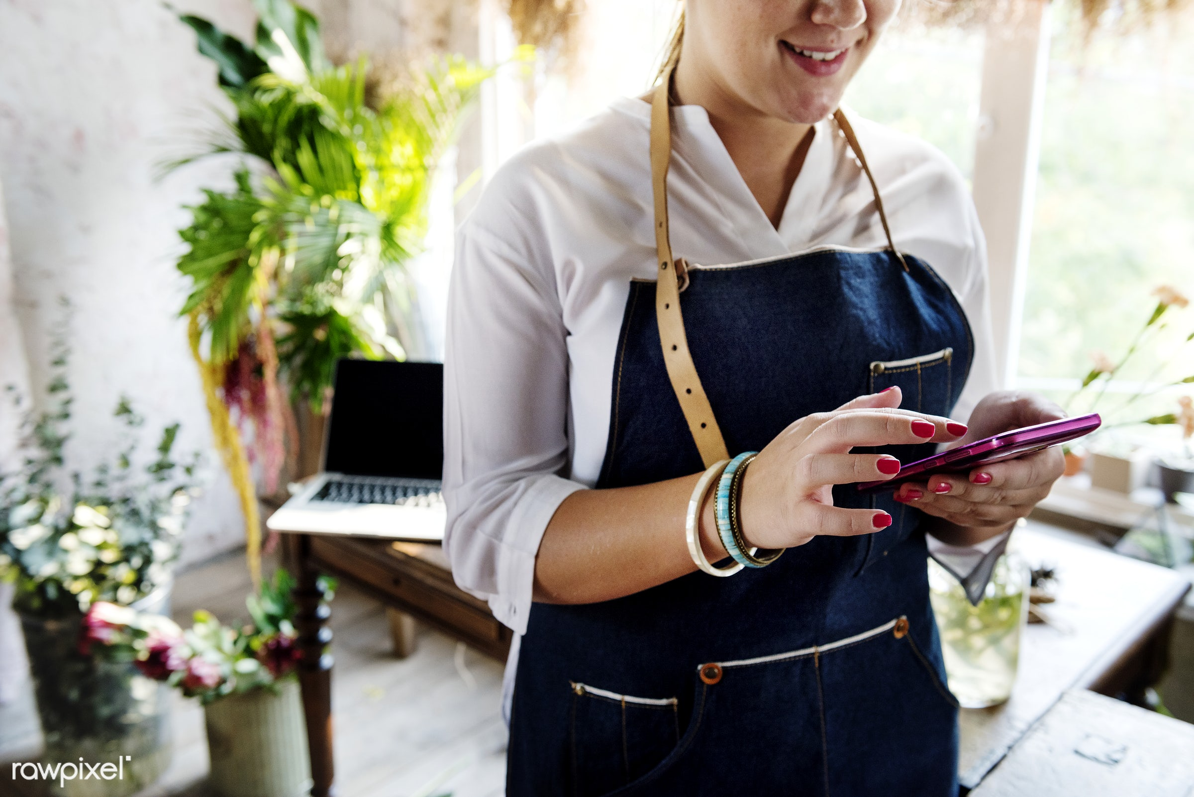 flower shop, advertising, apron, female, florist, freshness, mobile, nature, occupation, on the phone, owner, phone, shop,...