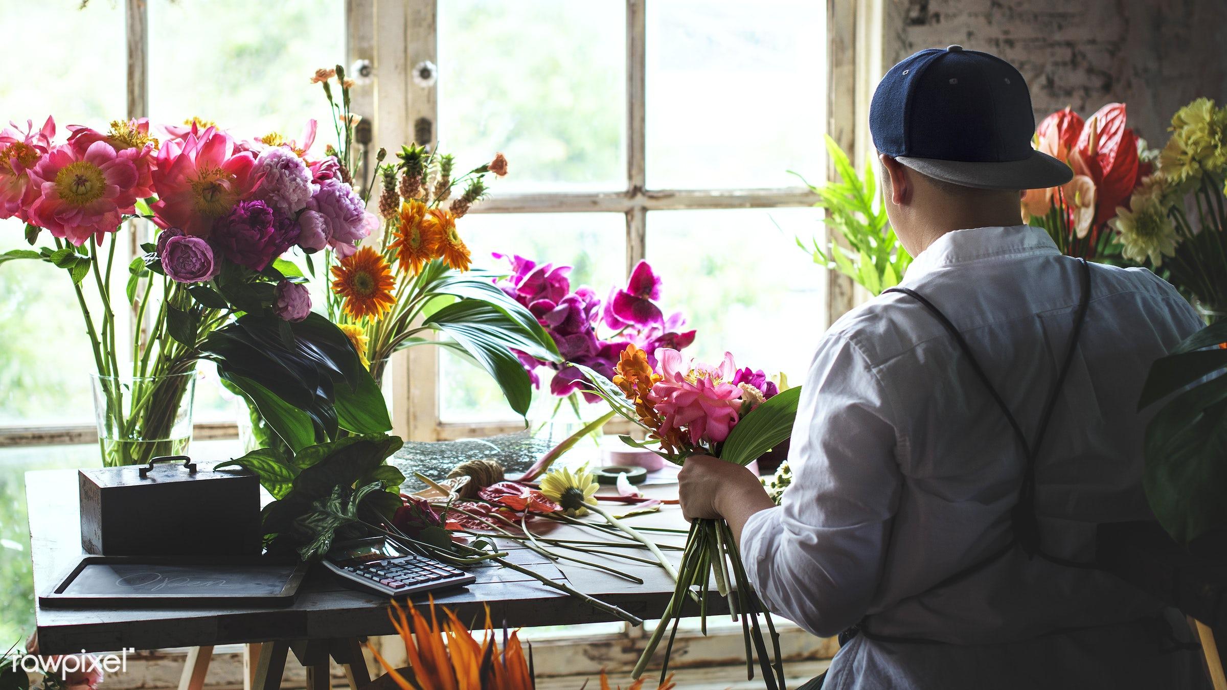 plant, bouquet, person, fresh, flower, man, rear view, flora, decoration, refreshment, leisure, table, florist, flower shop...