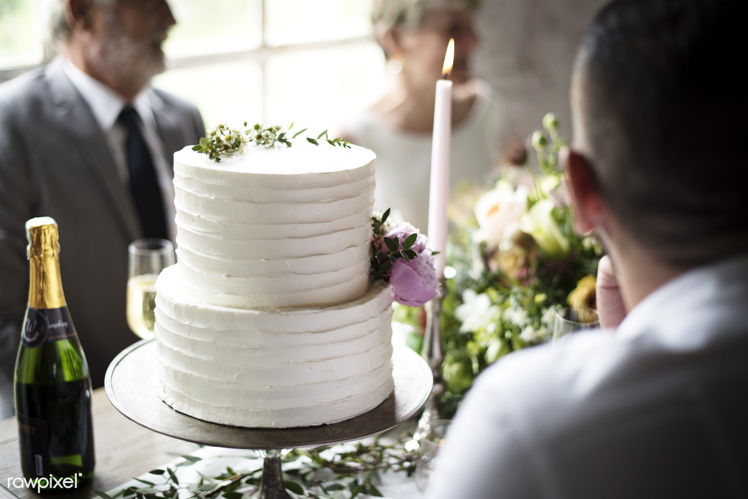 occasion, guests, people, together, event, gather, friendship, banquet, flowers, closeup, cake, diversity, champagne,...