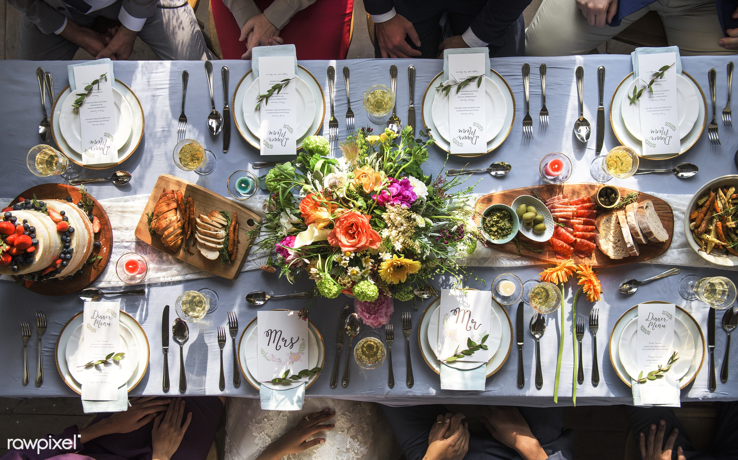 blue cloth, bouquet, detail, top view, flatlay, paper, occasion, guests, cutlery, party, restaurant, people, together,...